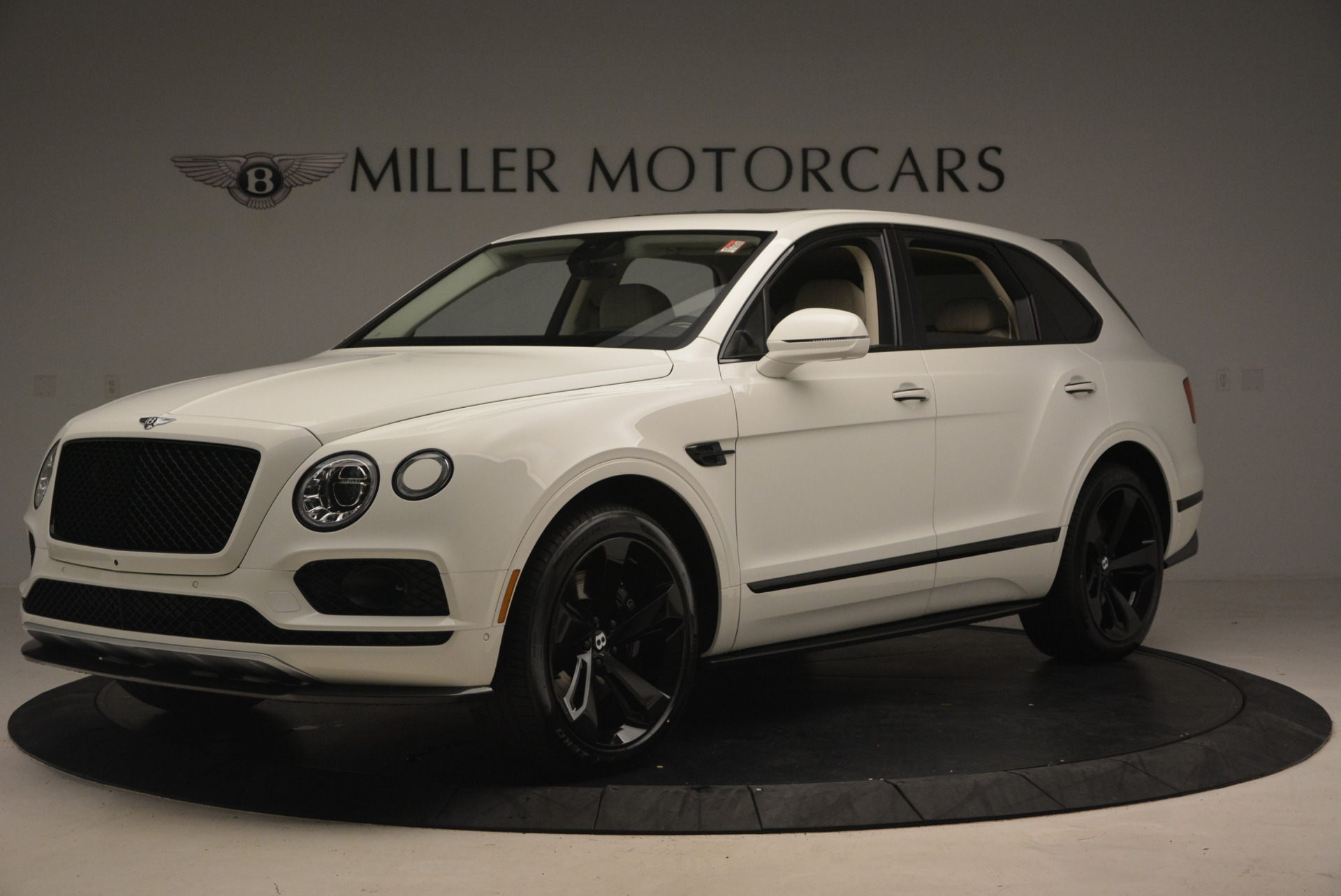 New 2018 Bentley Bentayga Black Edition For Sale In Greenwich, CT 1302_p2