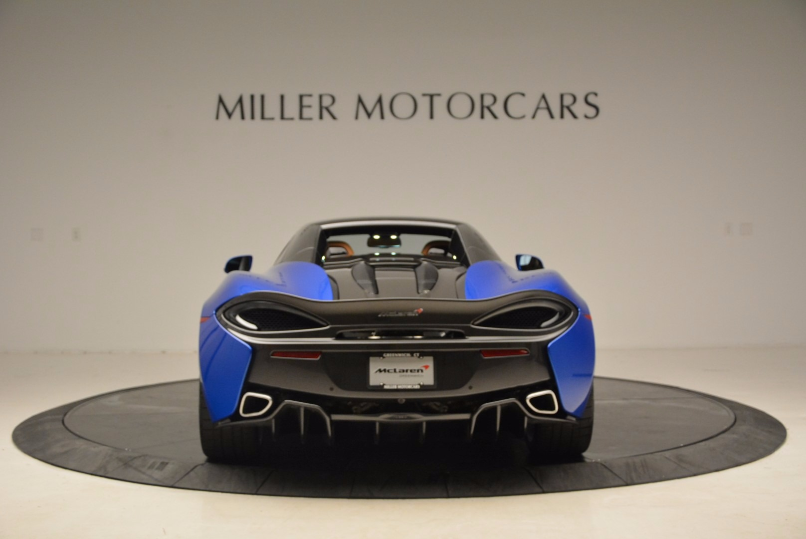 Used 2018 McLaren 570S Spider For Sale In Greenwich, CT 1303_p18