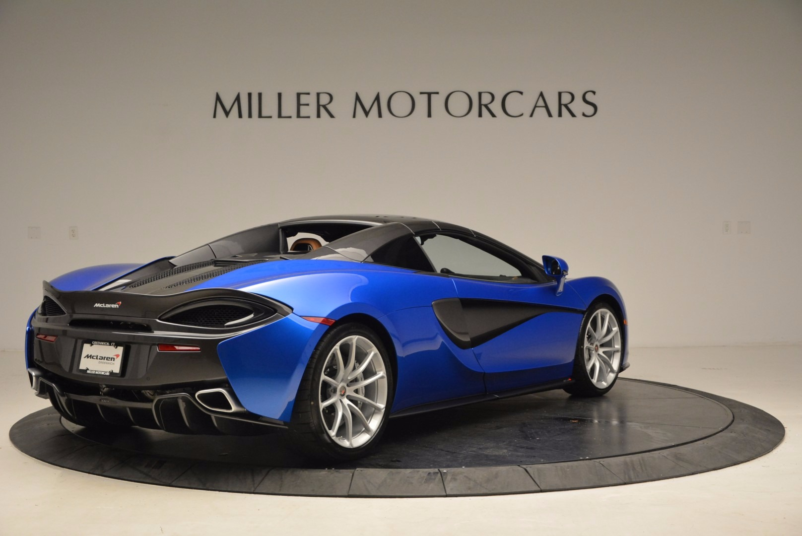 Used 2018 McLaren 570S Spider For Sale In Greenwich, CT 1303_p19