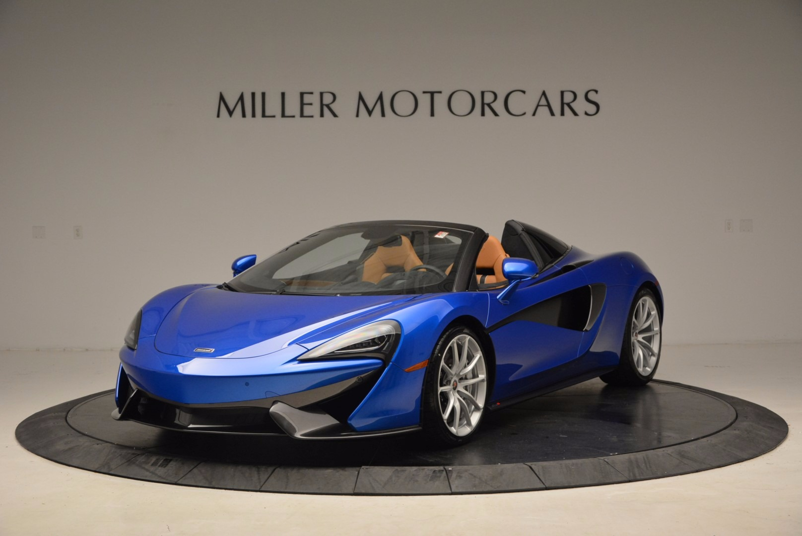 Used 2018 McLaren 570S Spider For Sale In Greenwich, CT 1303_p2