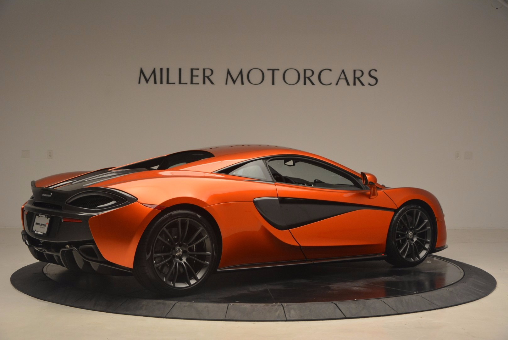 Used 2017 McLaren 570S  For Sale In Greenwich, CT 1304_p8