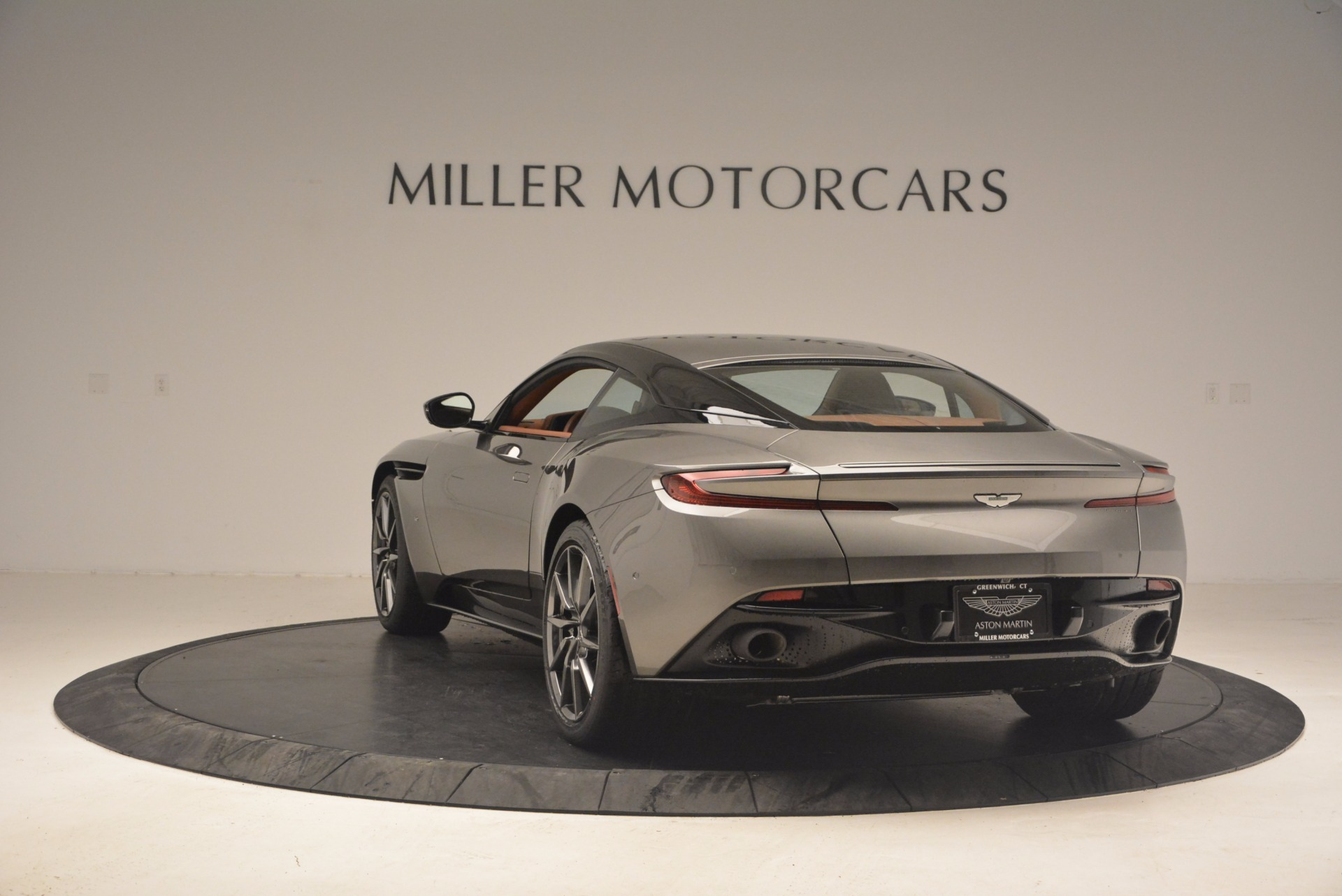 Used 2017 Aston Martin DB11  For Sale In Greenwich, CT 1305_p5