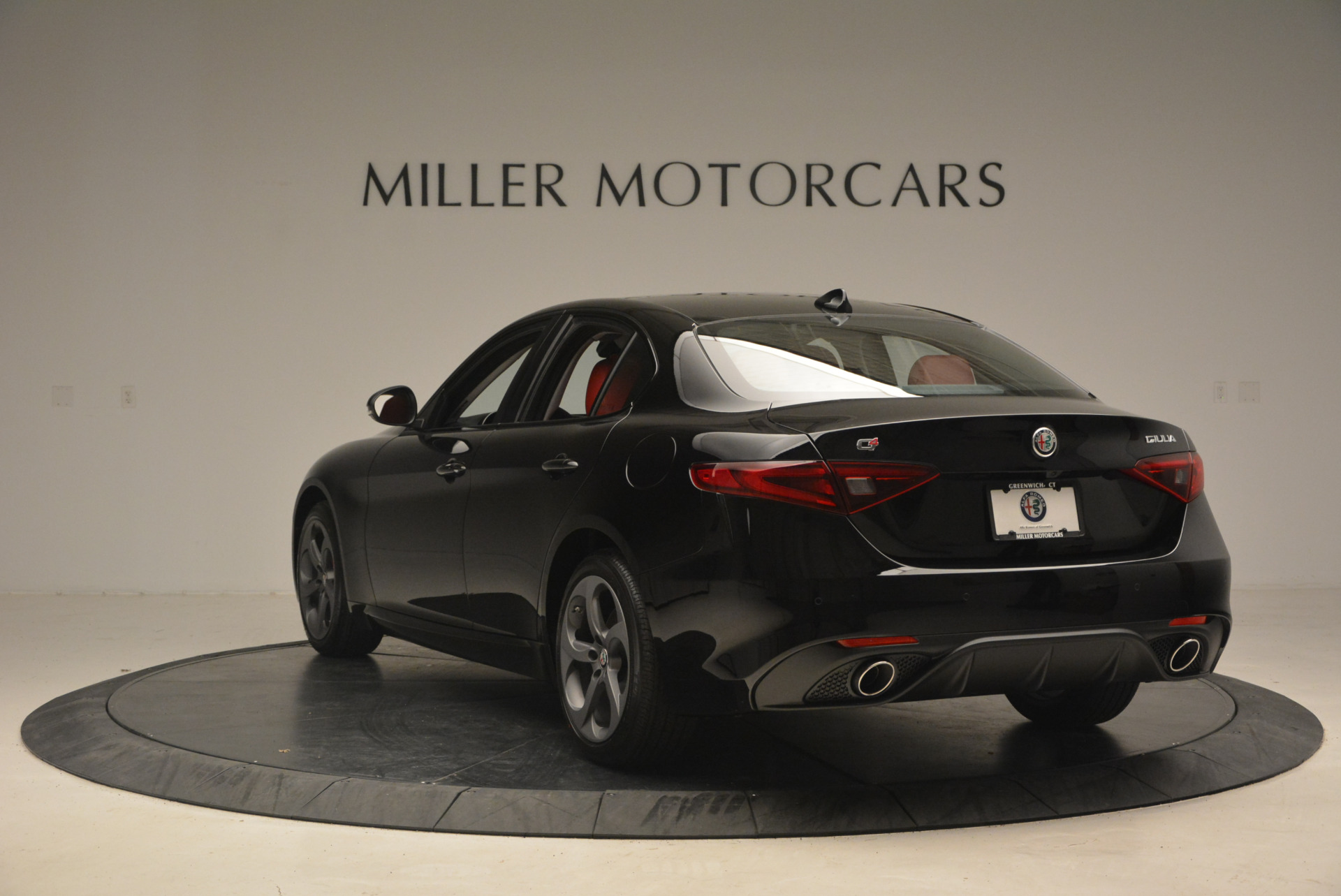 New 2017 Alfa Romeo Giulia Q4 For Sale In Greenwich, CT 1313_p5