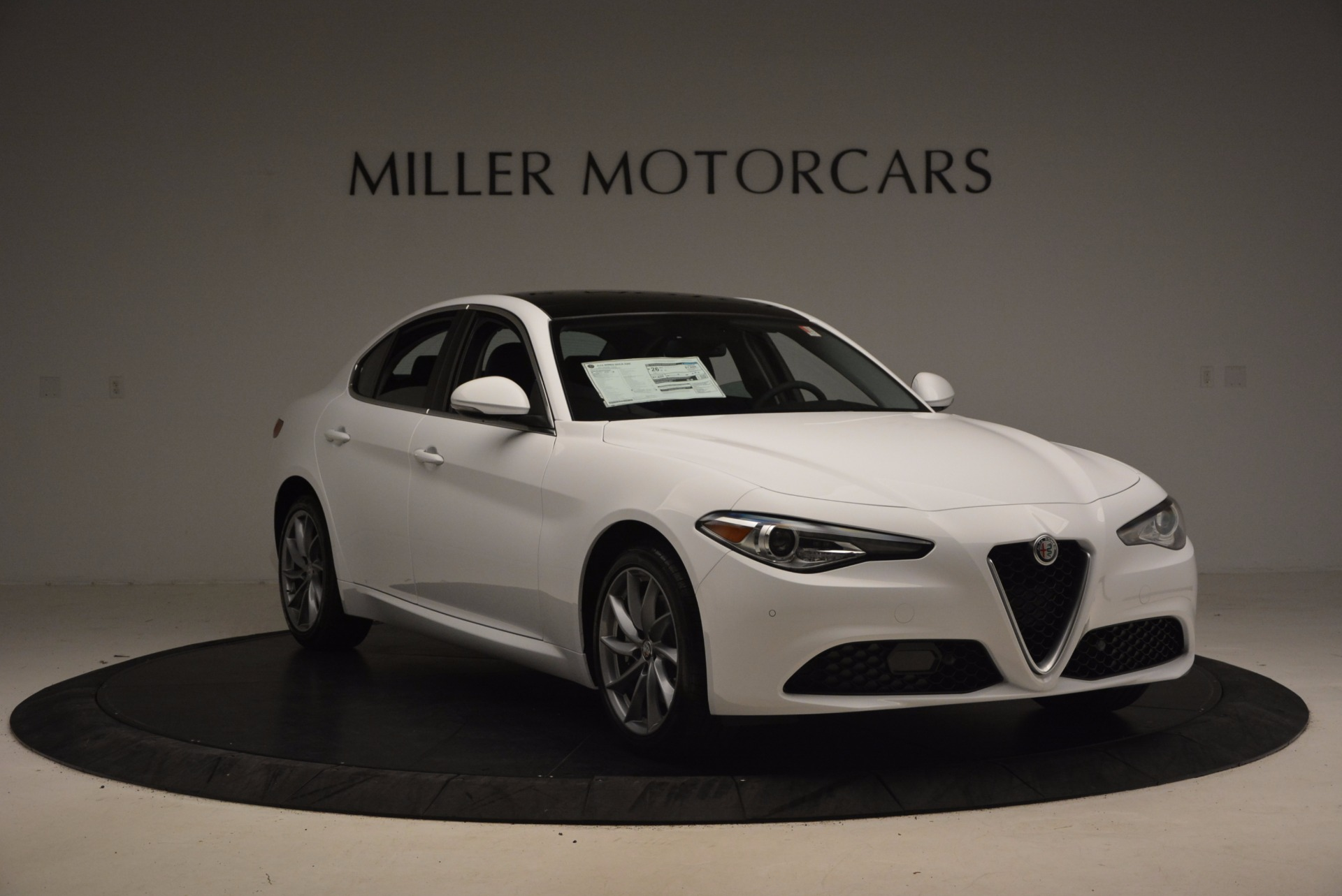 New 2017 Alfa Romeo Giulia Q4 For Sale In Greenwich, CT 1316_p11