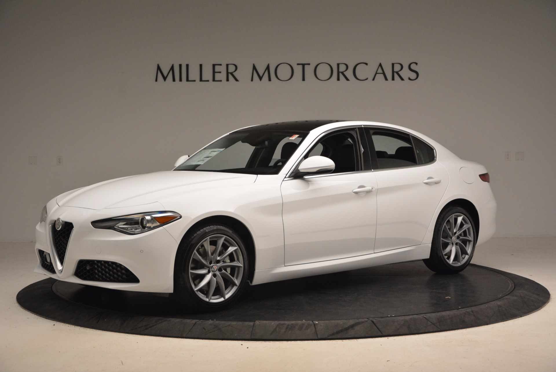 New 2017 Alfa Romeo Giulia Q4 For Sale In Greenwich, CT 1316_p2