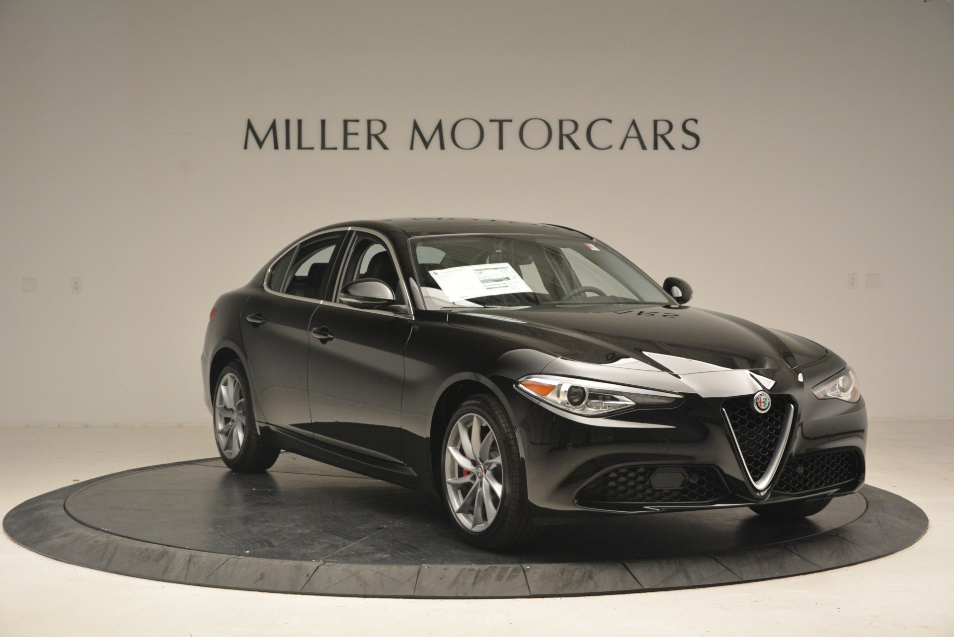 New 2017 Alfa Romeo Giulia Q4 For Sale In Greenwich, CT 1319_p11