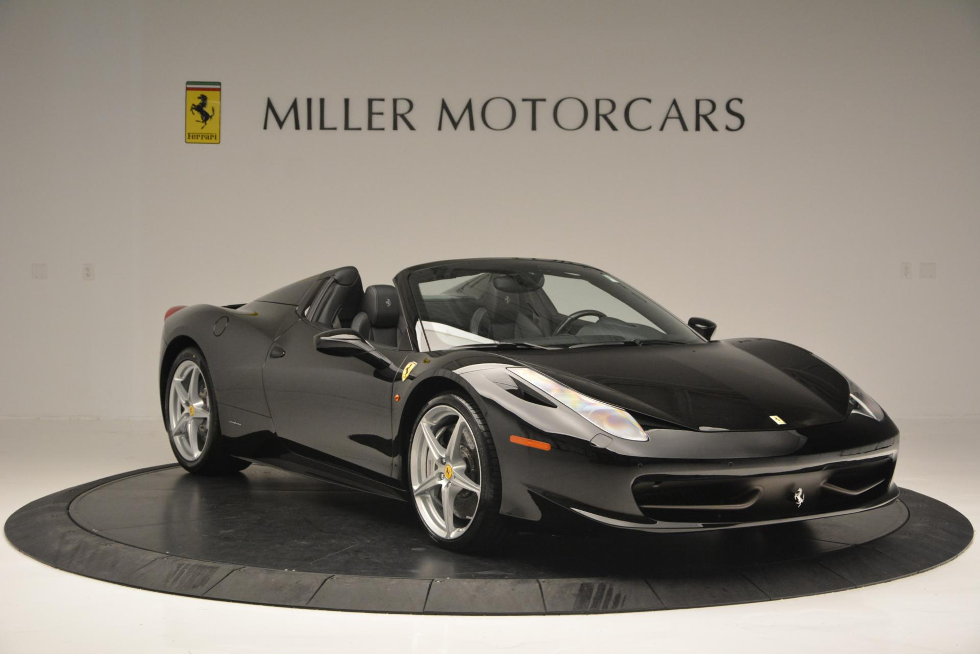 Used 2013 Ferrari 458 Spider  For Sale In Greenwich, CT 132_p11