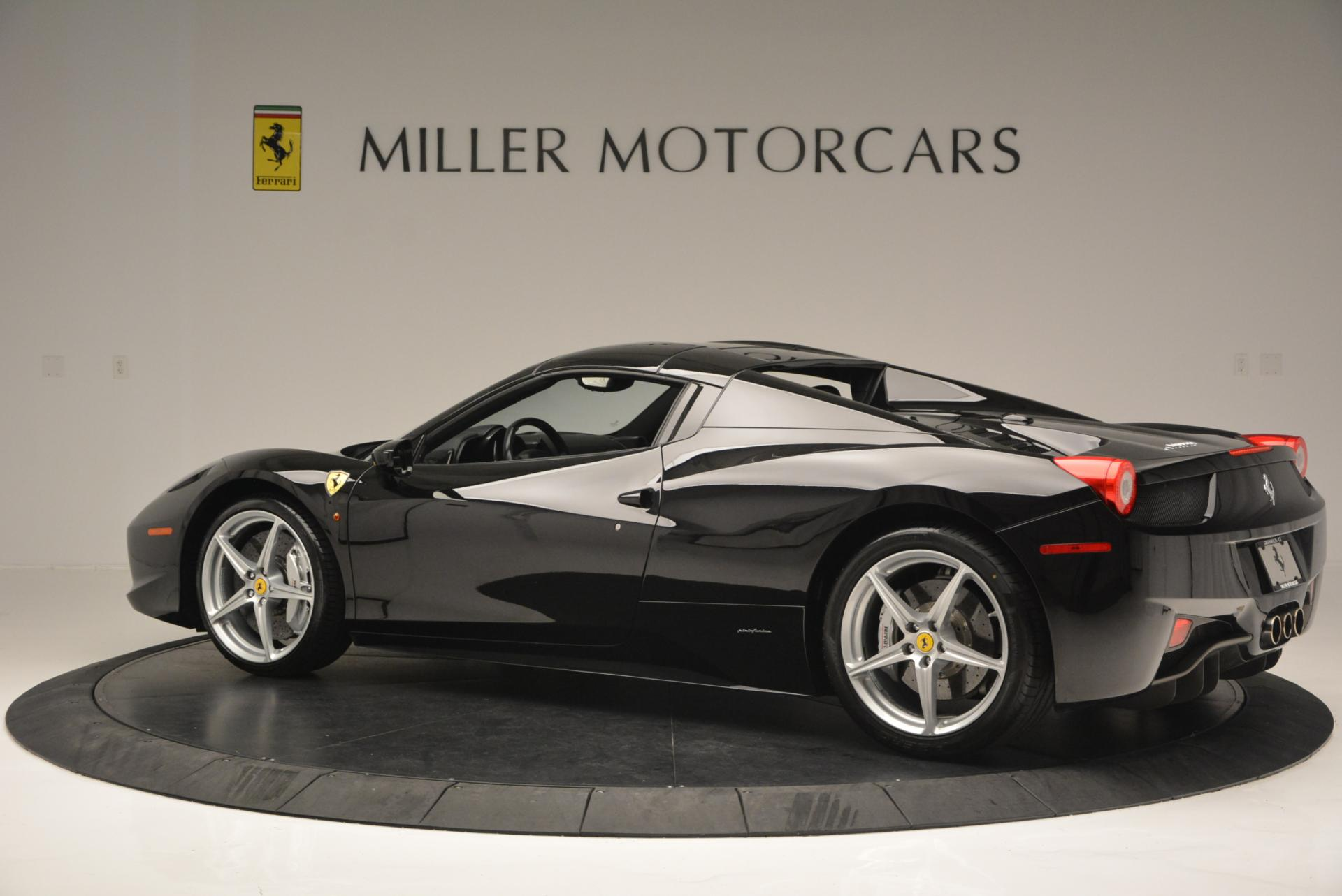 Used 2013 Ferrari 458 Spider  For Sale In Greenwich, CT 132_p16