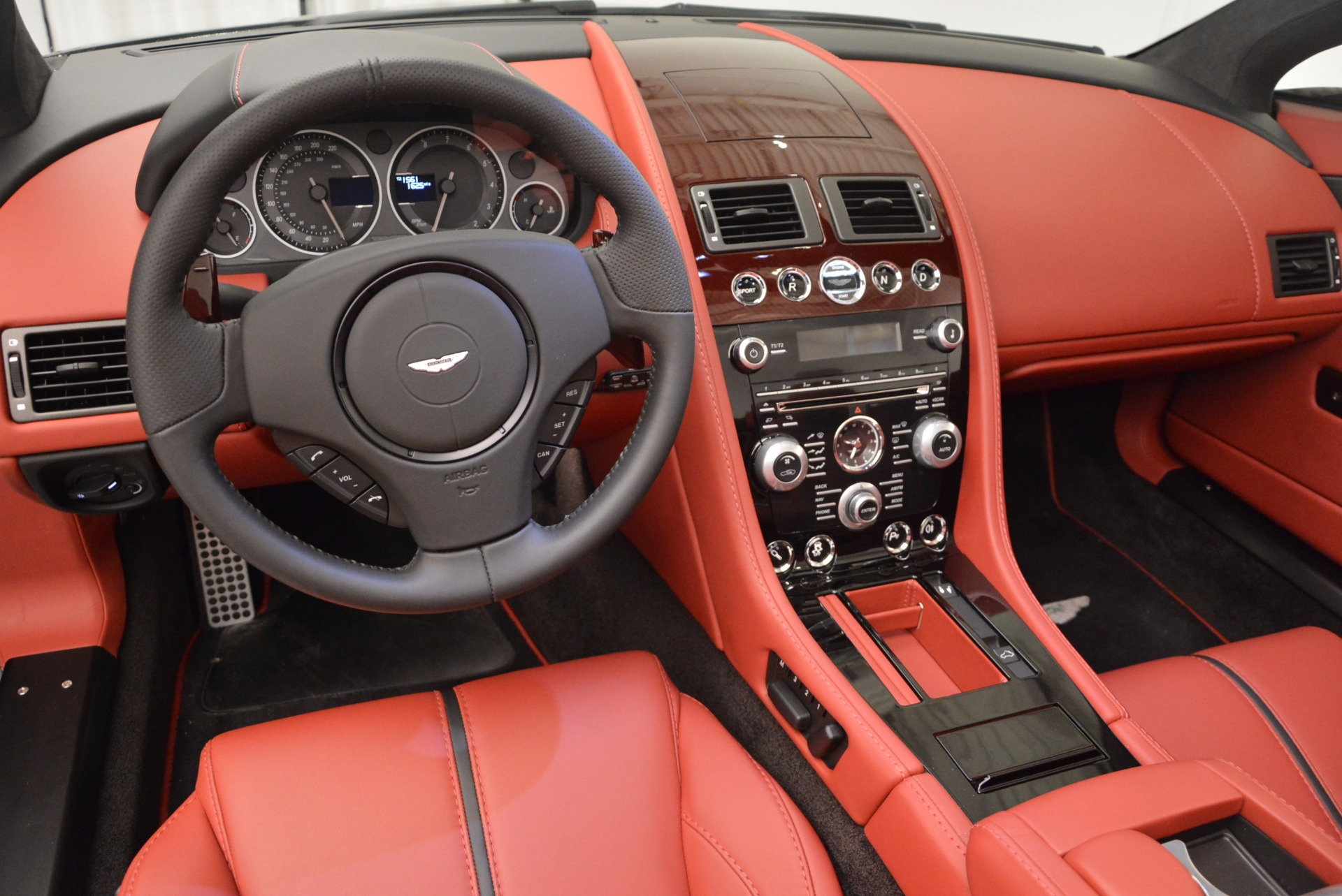 Used 2015 Aston Martin V12 Vantage S Roadster For Sale In Greenwich, CT 1335_p21