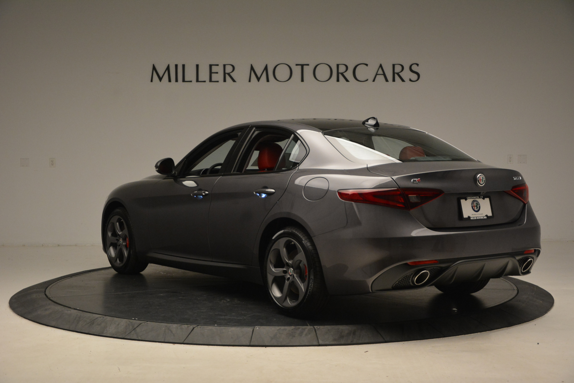 New 2017 Alfa Romeo Giulia Ti Q4 For Sale In Greenwich, CT 1336_p5