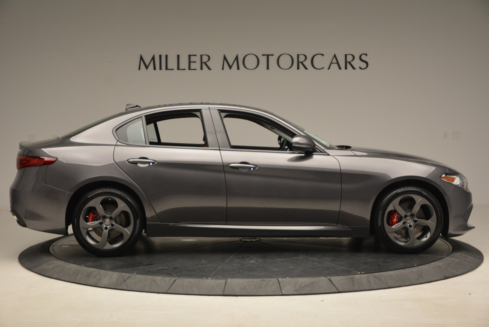 New 2017 Alfa Romeo Giulia Ti Q4 For Sale In Greenwich, CT 1336_p9