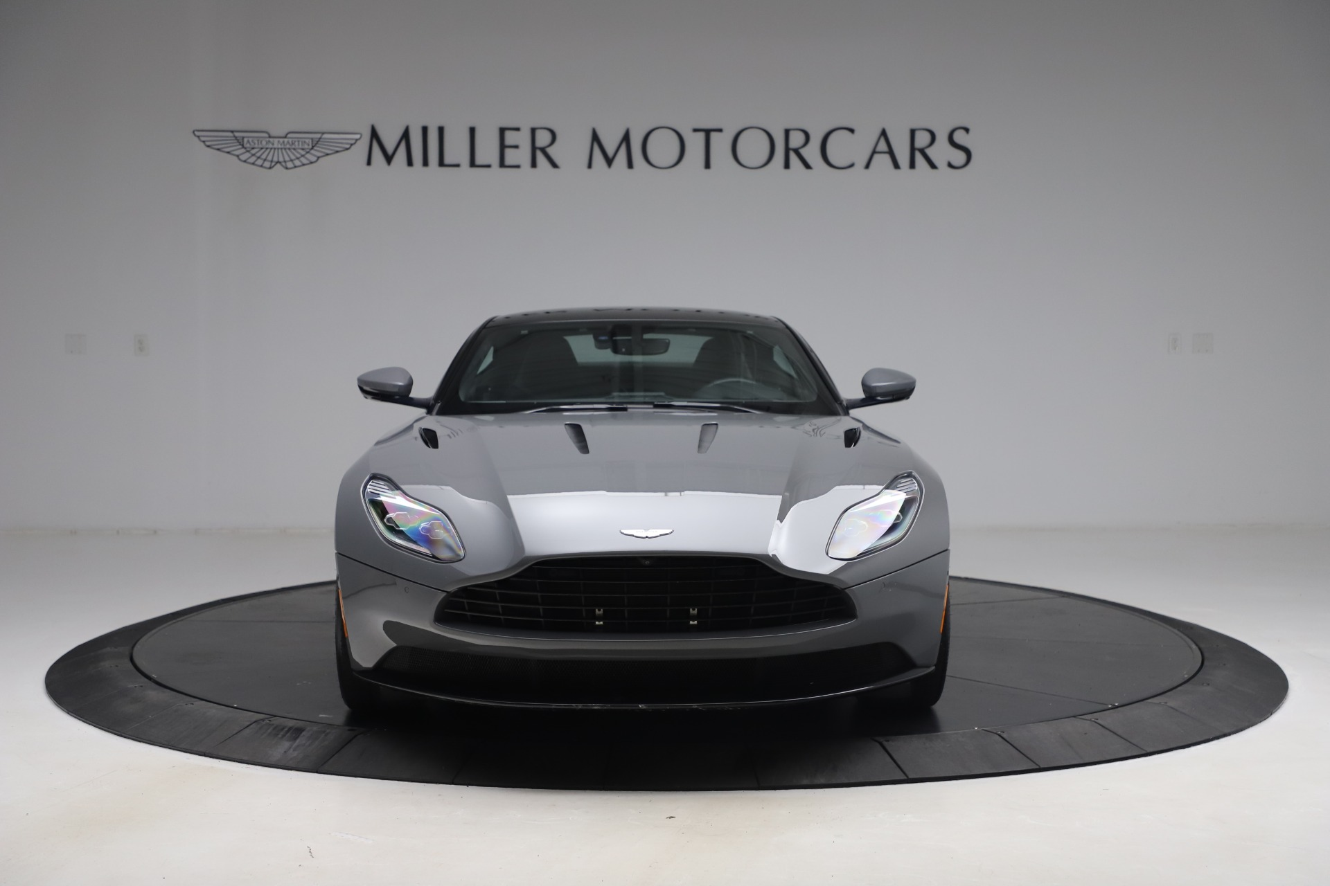 New 2017 Aston Martin DB11  For Sale In Greenwich, CT 1340_p11