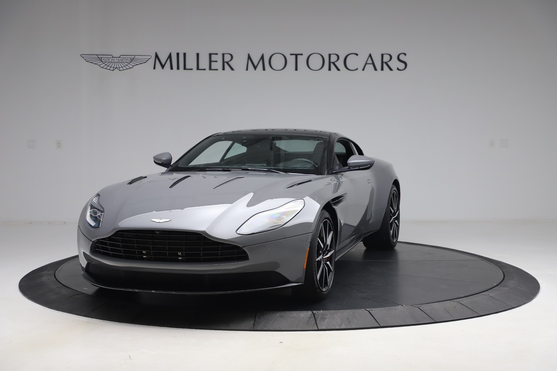 New 2017 Aston Martin DB11  For Sale In Greenwich, CT 1340_p12
