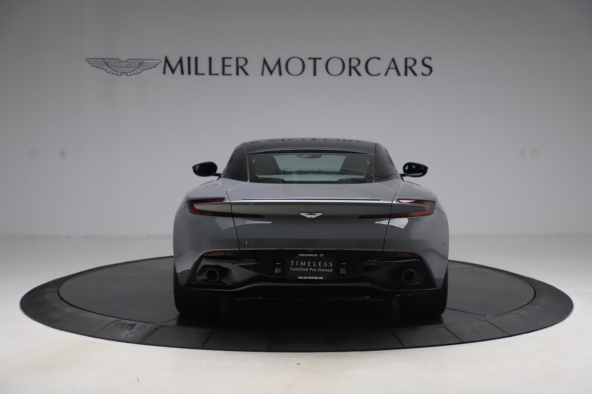 New 2017 Aston Martin DB11  For Sale In Greenwich, CT 1340_p5