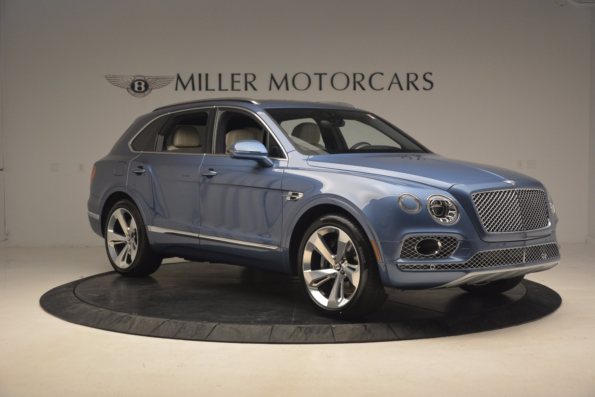 New 2018 Bentley Bentayga  For Sale In Greenwich, CT 1342_p10