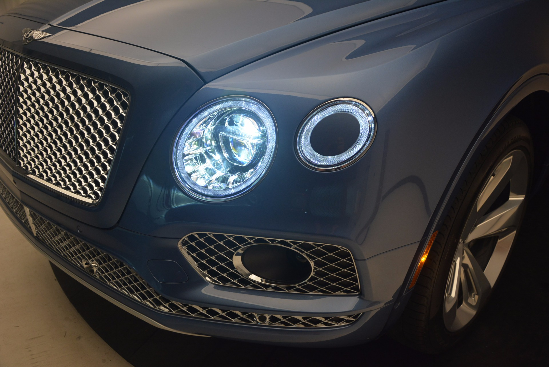 New 2018 Bentley Bentayga  For Sale In Greenwich, CT 1342_p16