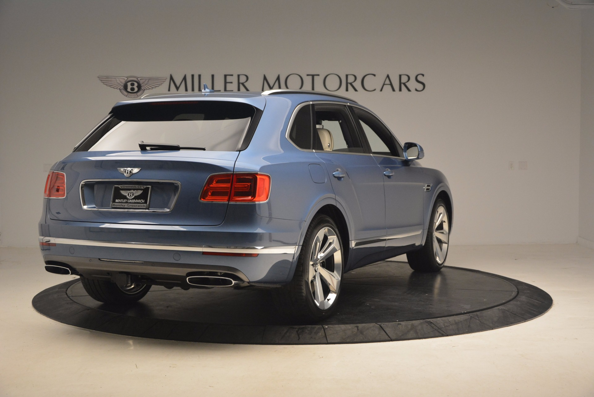 New 2018 Bentley Bentayga  For Sale In Greenwich, CT 1342_p7
