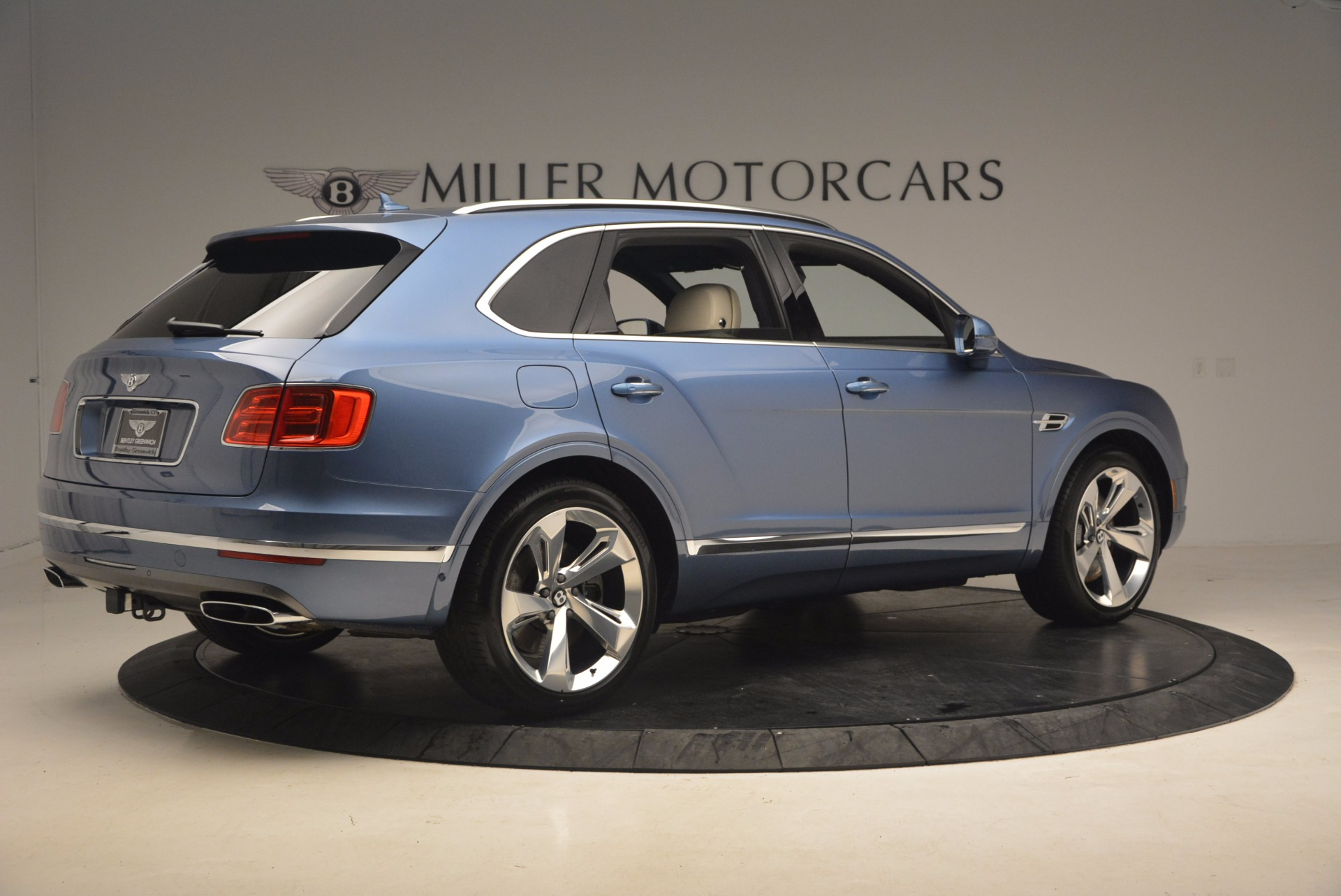 New 2018 Bentley Bentayga  For Sale In Greenwich, CT 1342_p8
