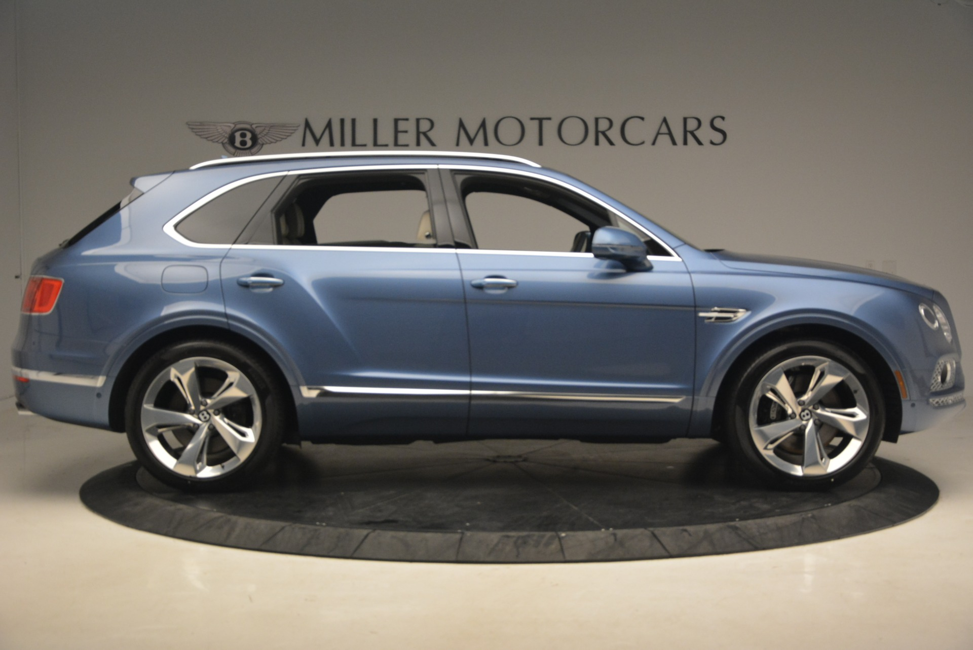 New 2018 Bentley Bentayga  For Sale In Greenwich, CT 1342_p9