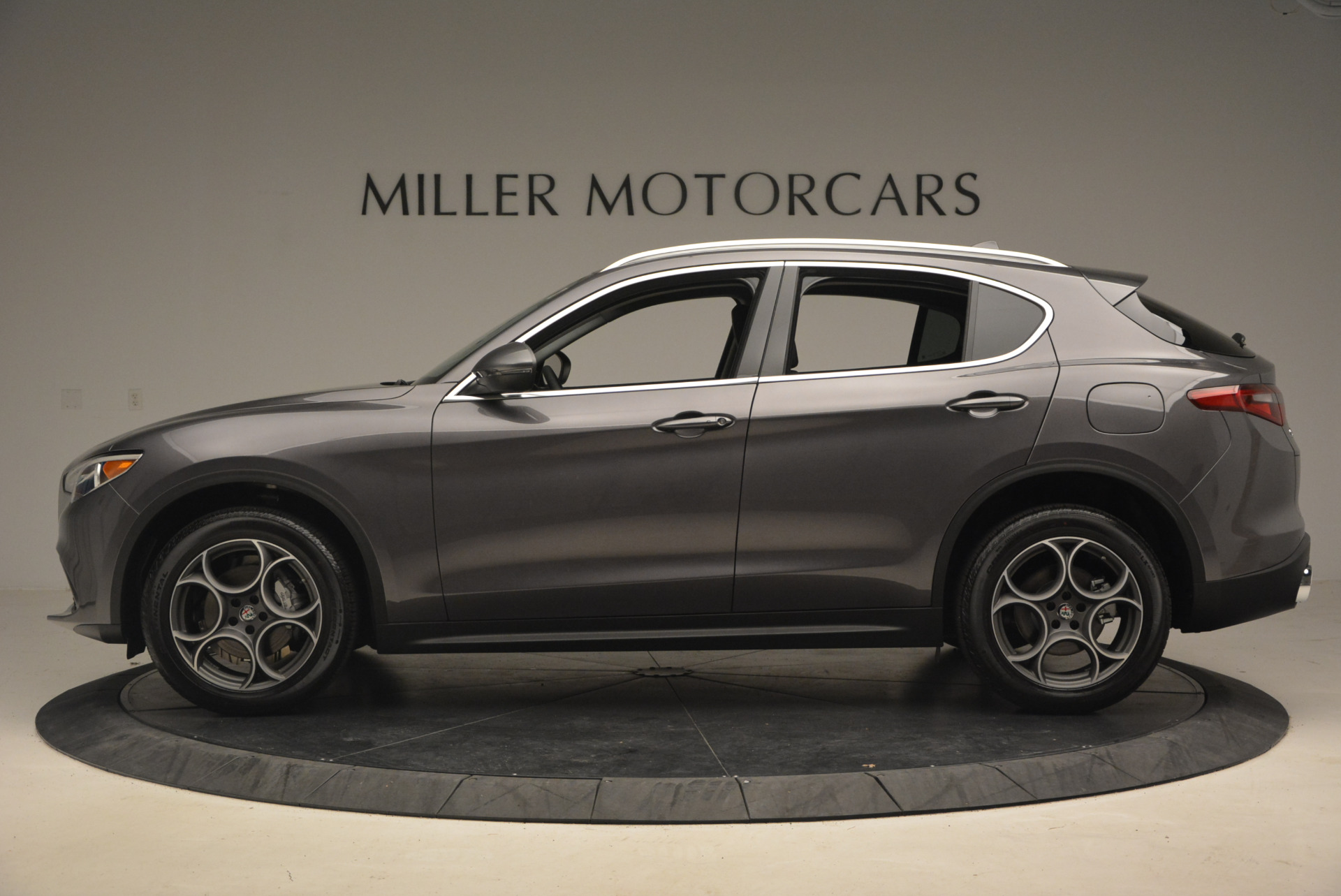 New 2018 Alfa Romeo Stelvio Q4 For Sale In Greenwich, CT 1349_p3