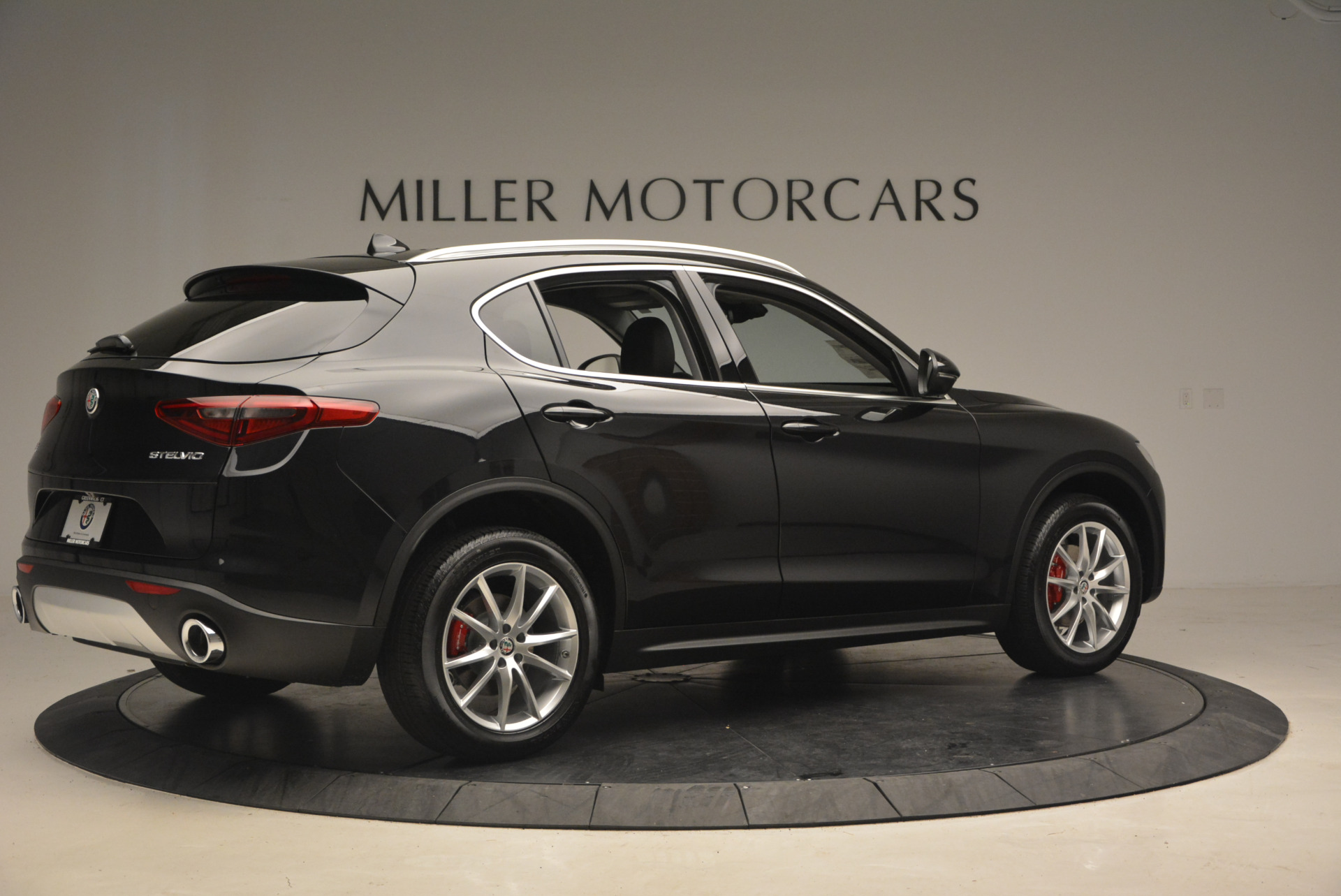 New 2018 Alfa Romeo Stelvio Ti Q4 For Sale In Greenwich, CT 1352_p8