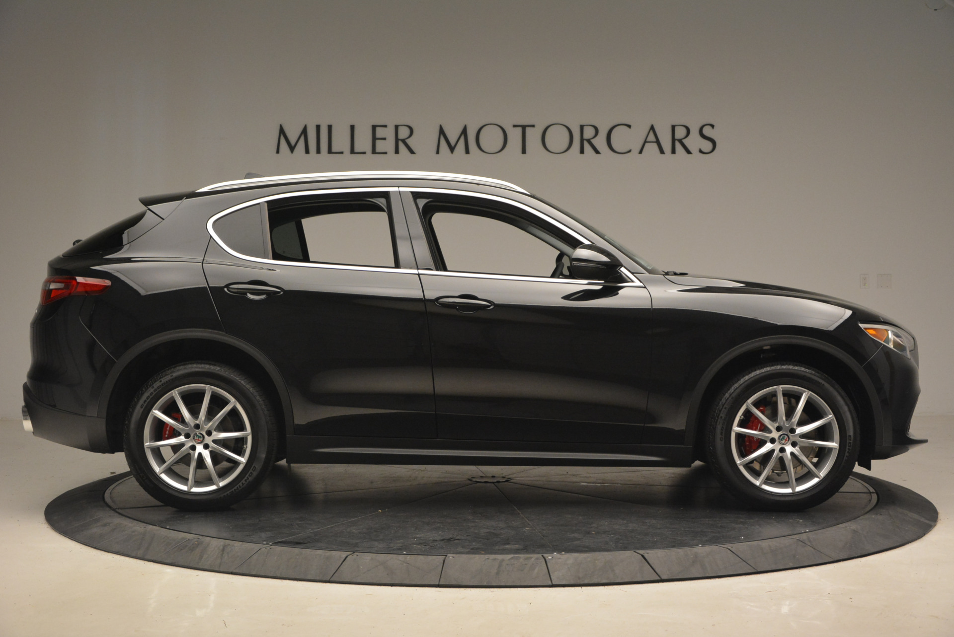 New 2018 Alfa Romeo Stelvio Ti Q4 For Sale In Greenwich, CT 1352_p9
