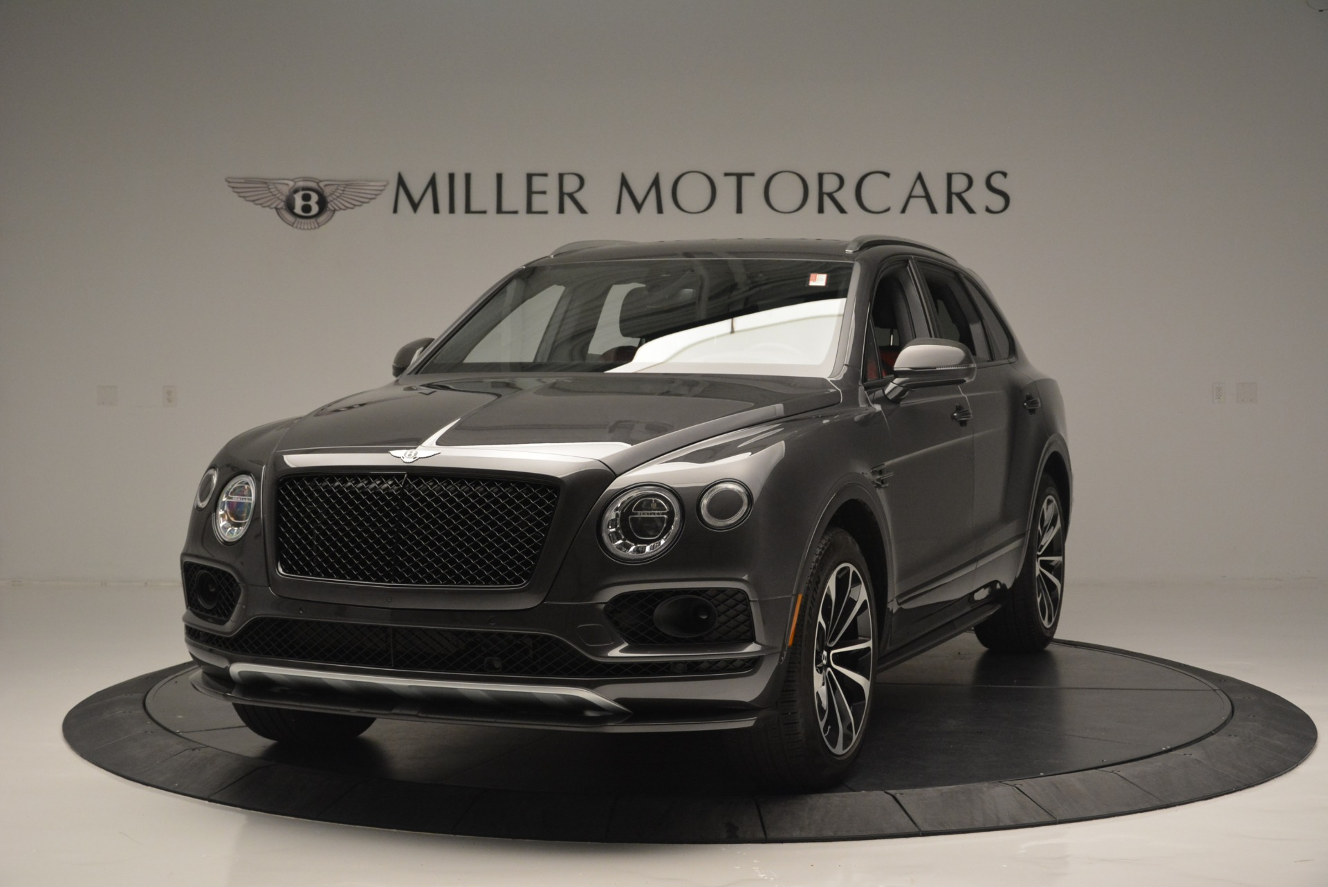 Used 2018 Bentley Bentayga W12 Signature For Sale In Greenwich, CT 1357_main