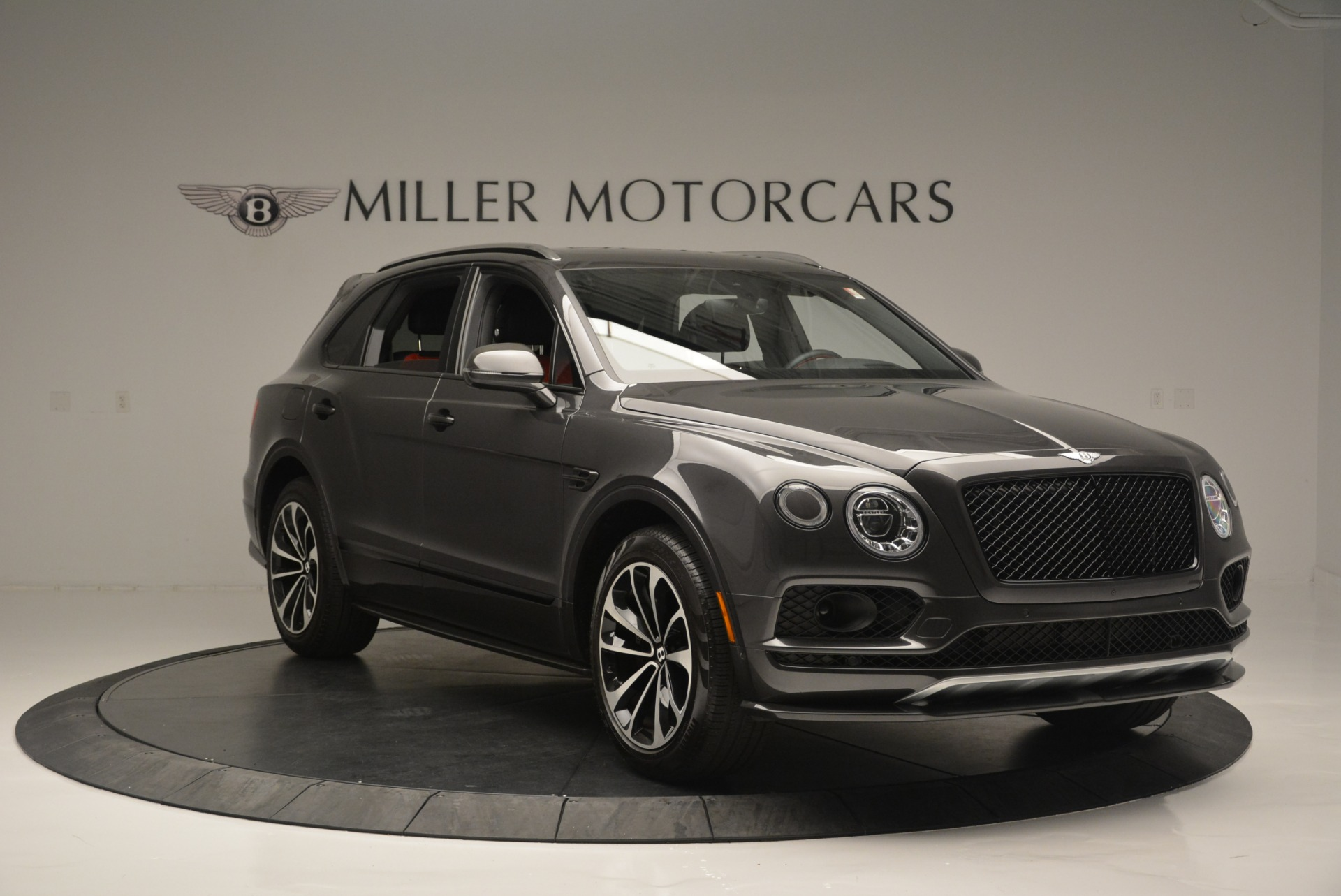 Used 2018 Bentley Bentayga W12 Signature For Sale In Greenwich, CT 1357_p11