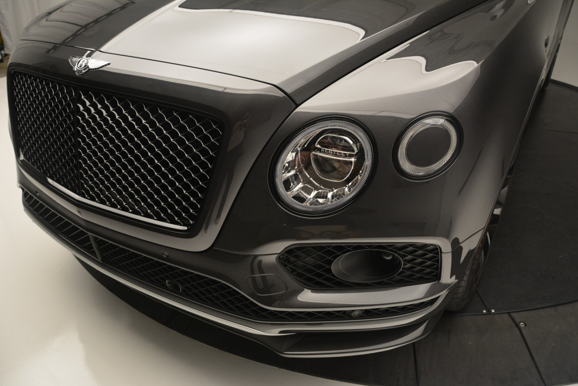 Used 2018 Bentley Bentayga W12 Signature For Sale In Greenwich, CT 1357_p15