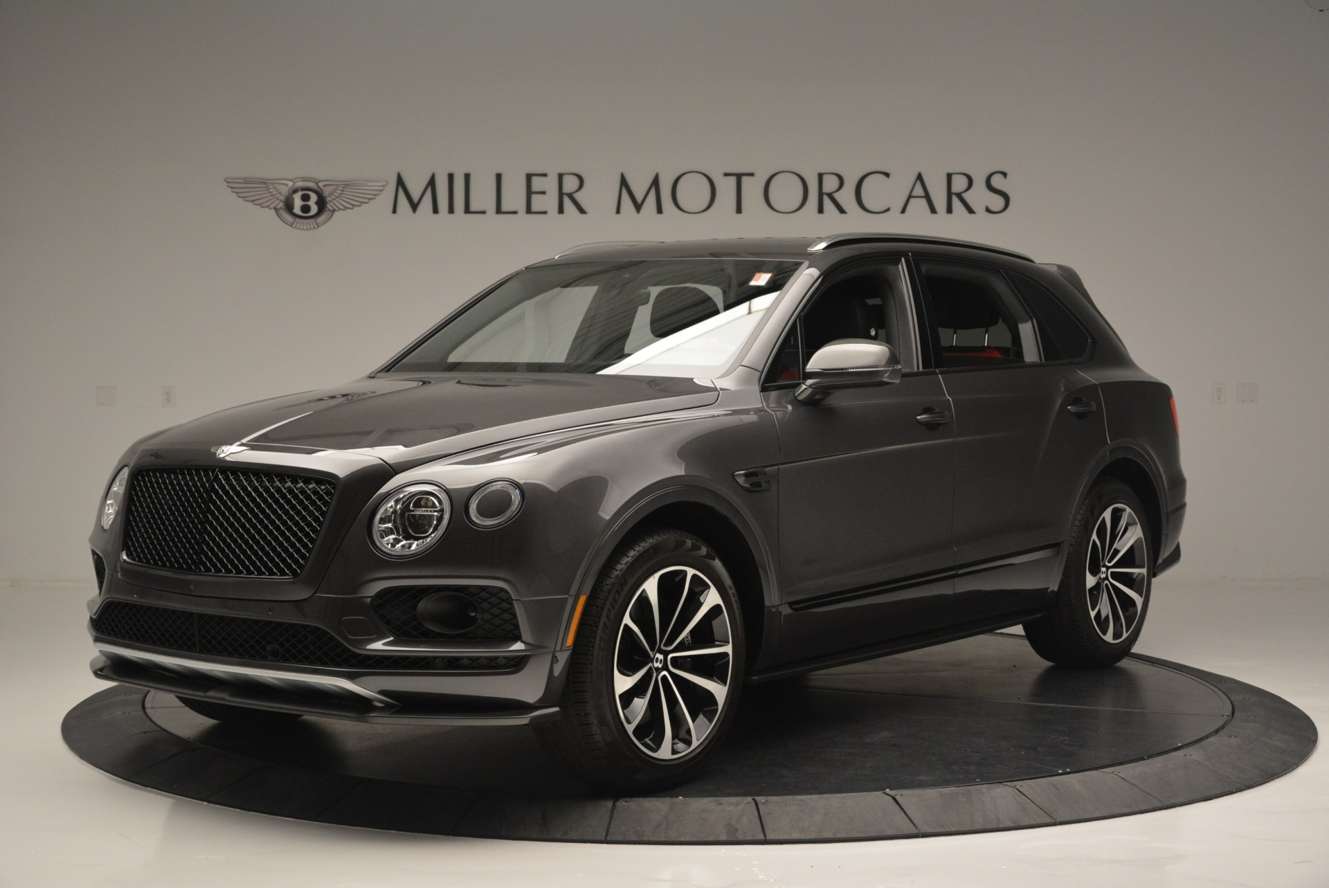 Used 2018 Bentley Bentayga W12 Signature For Sale In Greenwich, CT 1357_p2
