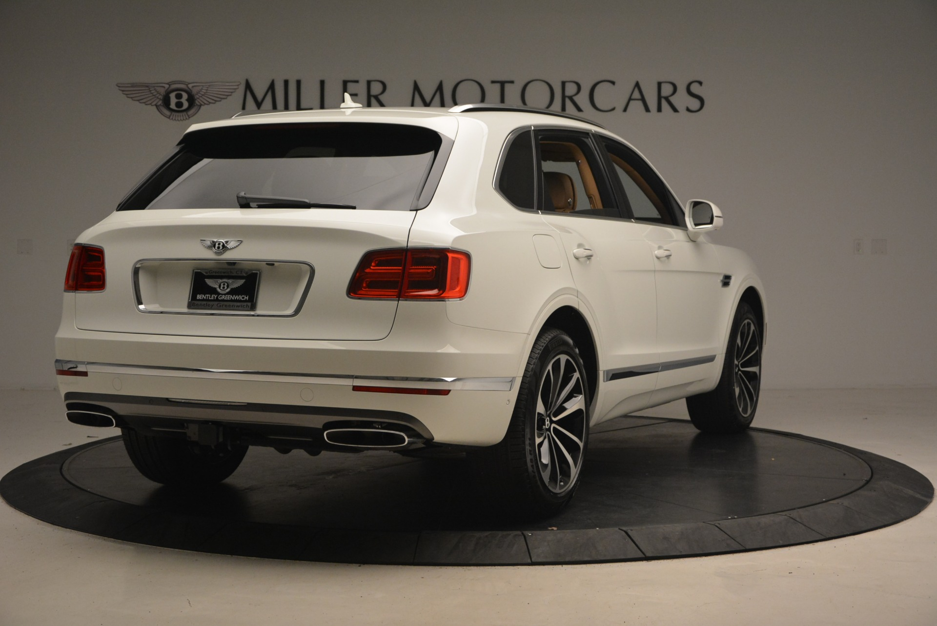 New 2018 Bentley Bentayga W12 Signature For Sale In Greenwich, CT 1358_p7