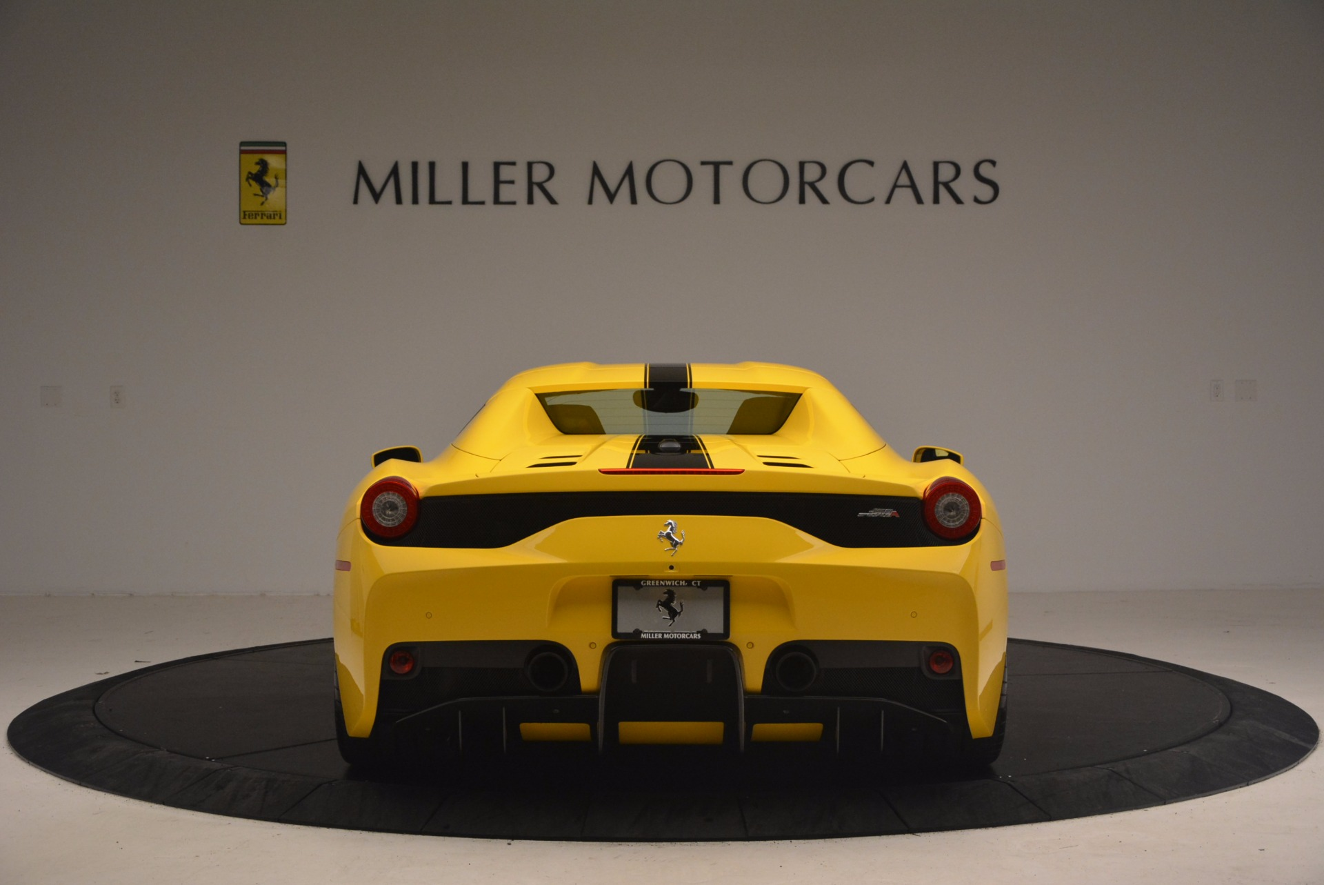 Used 2015 Ferrari 458 Speciale Aperta  For Sale In Greenwich, CT 1360_p18