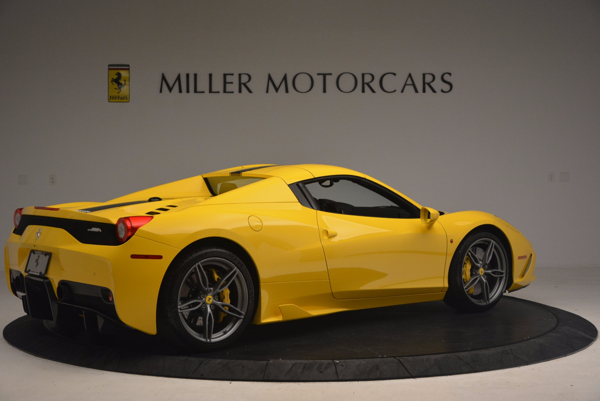 Used 2015 Ferrari 458 Speciale Aperta  For Sale In Greenwich, CT 1360_p20