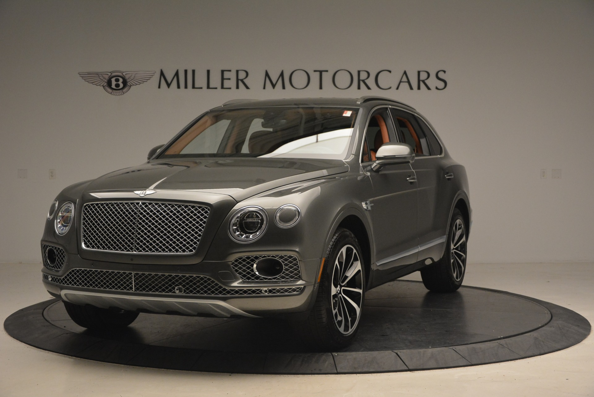 New 2018 Bentley Bentayga  For Sale In Greenwich, CT 1363_main
