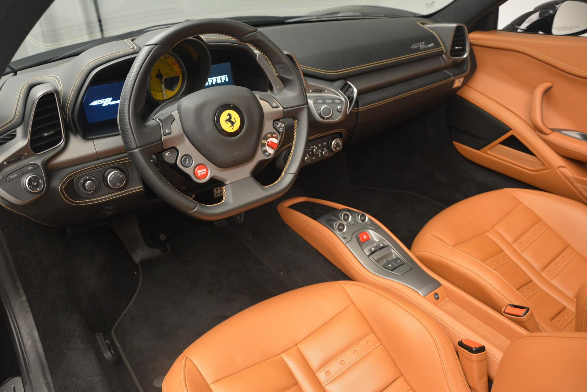 Used 2015 Ferrari 458 Spider  For Sale In Greenwich, CT 137_p25