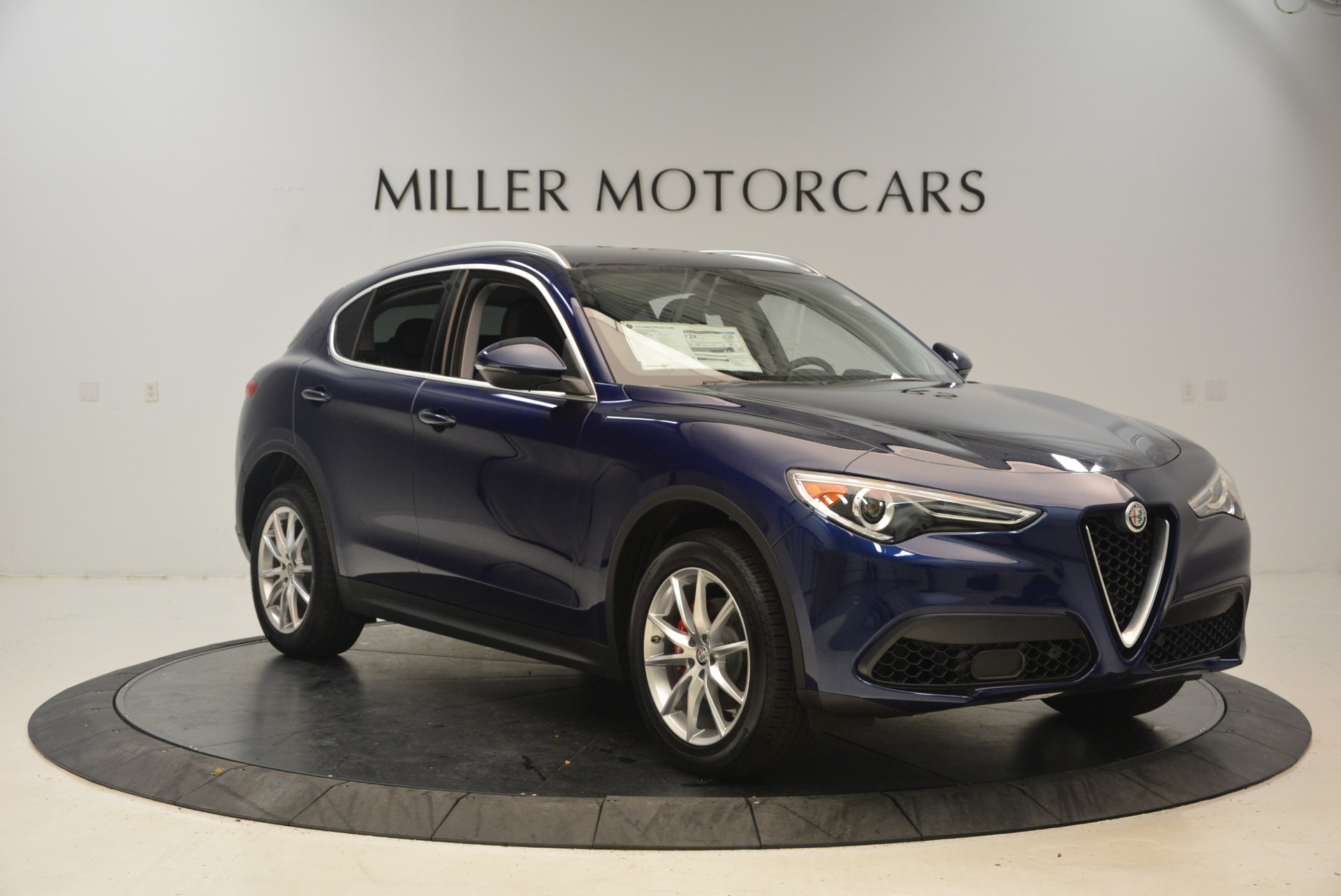 New 2018 Alfa Romeo Stelvio Ti Q4 For Sale In Greenwich, CT 1373_p11