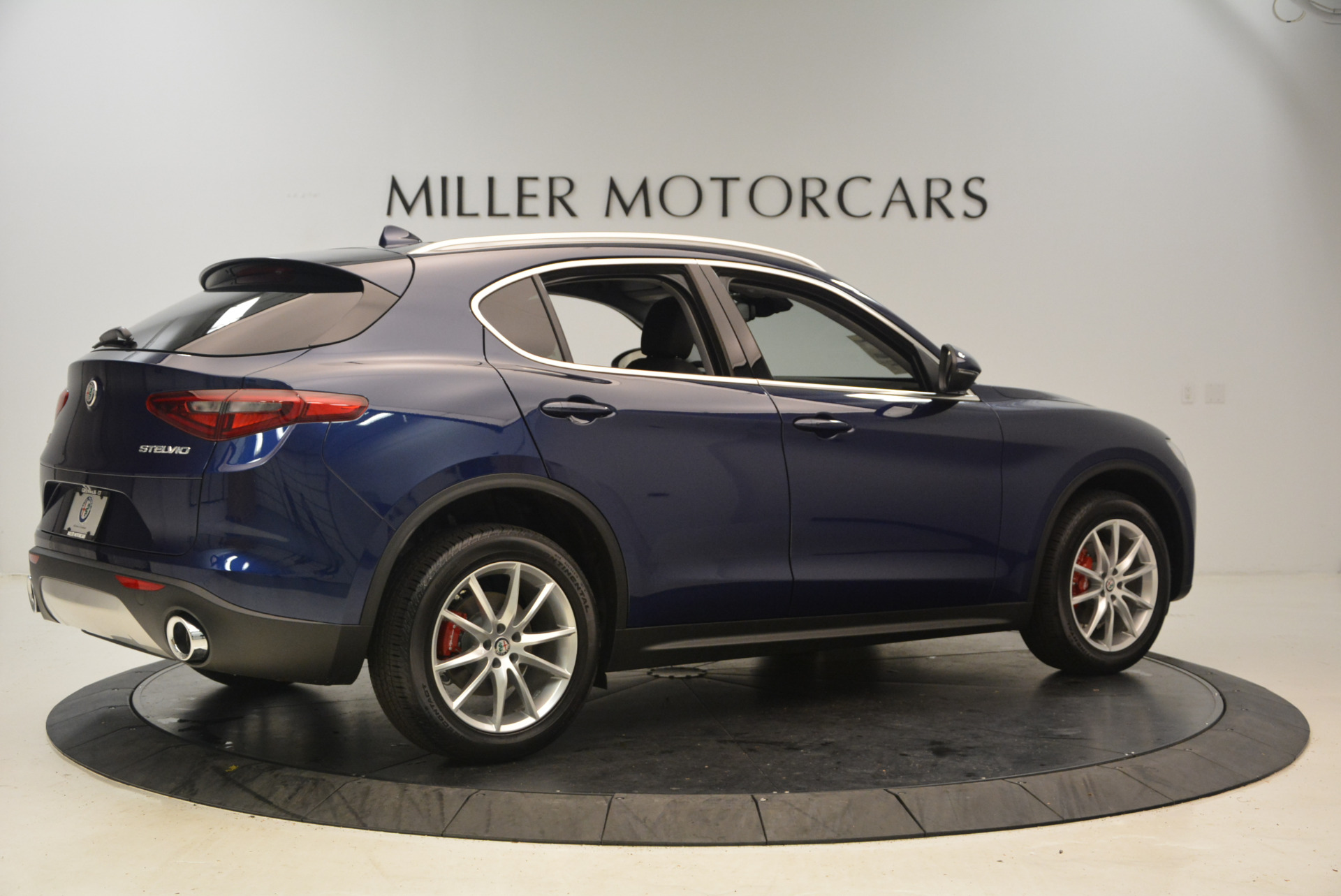 New 2018 Alfa Romeo Stelvio Ti Q4 For Sale In Greenwich, CT 1373_p8