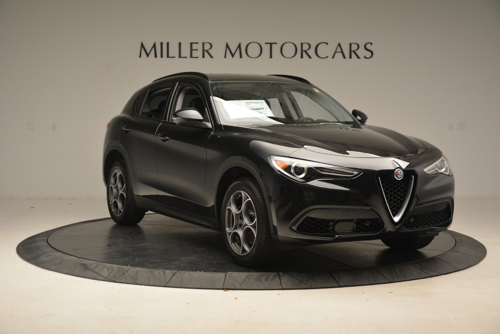 New 2018 Alfa Romeo Stelvio Sport Q4 For Sale In Greenwich, CT 1377_p11