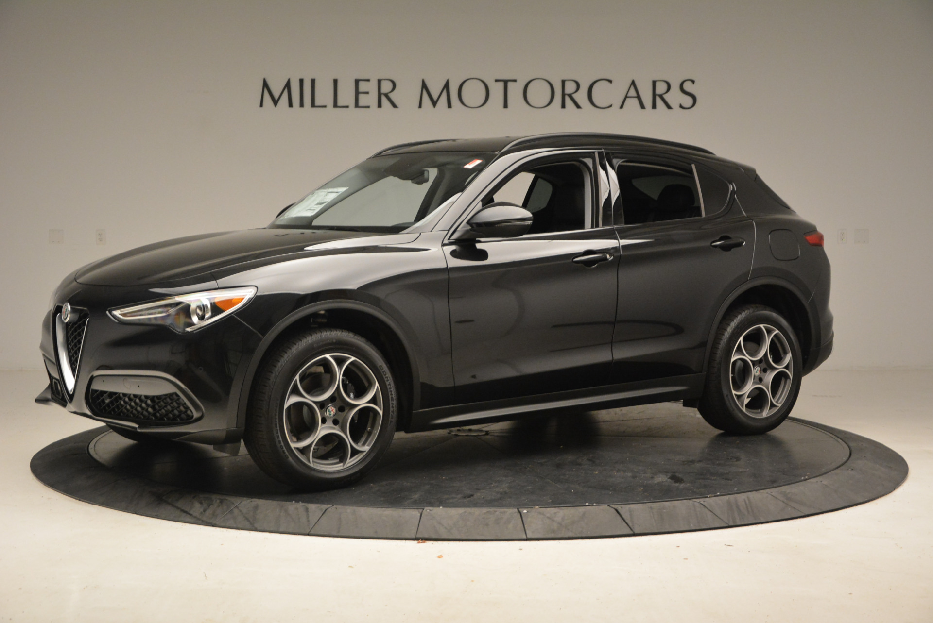 New 2018 Alfa Romeo Stelvio Sport Q4 For Sale In Greenwich, CT 1377_p2