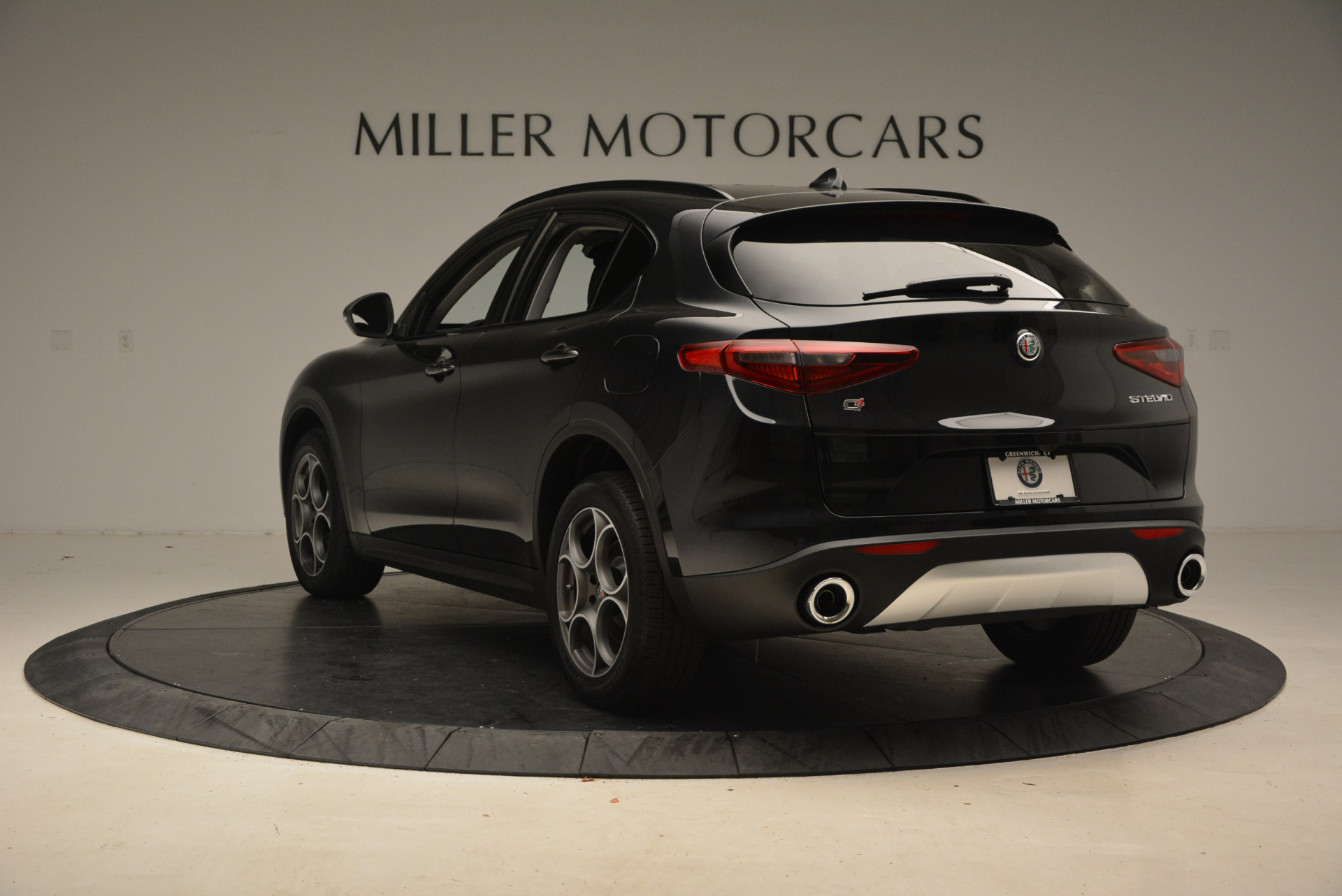 New 2018 Alfa Romeo Stelvio Sport Q4 For Sale In Greenwich, CT 1377_p5