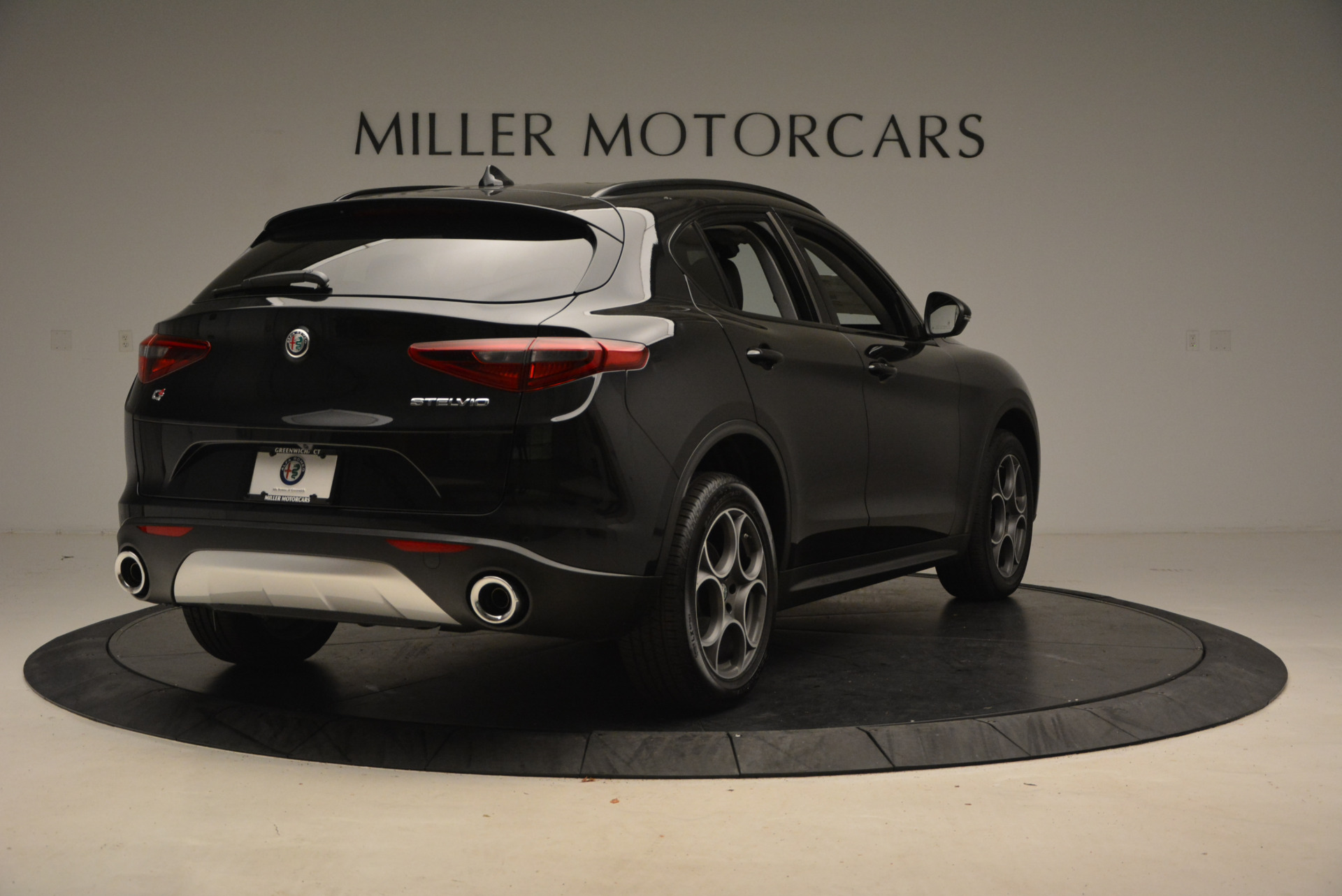 New 2018 Alfa Romeo Stelvio Sport Q4 For Sale In Greenwich, CT 1377_p7