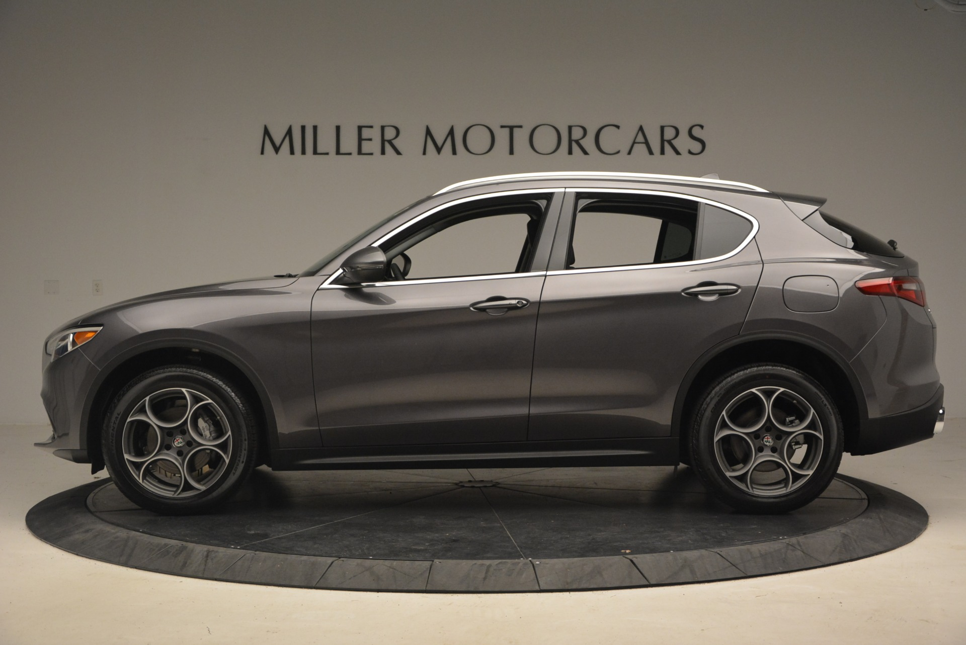 New 2018 Alfa Romeo Stelvio Sport Q4 For Sale In Greenwich, CT 1381_p3