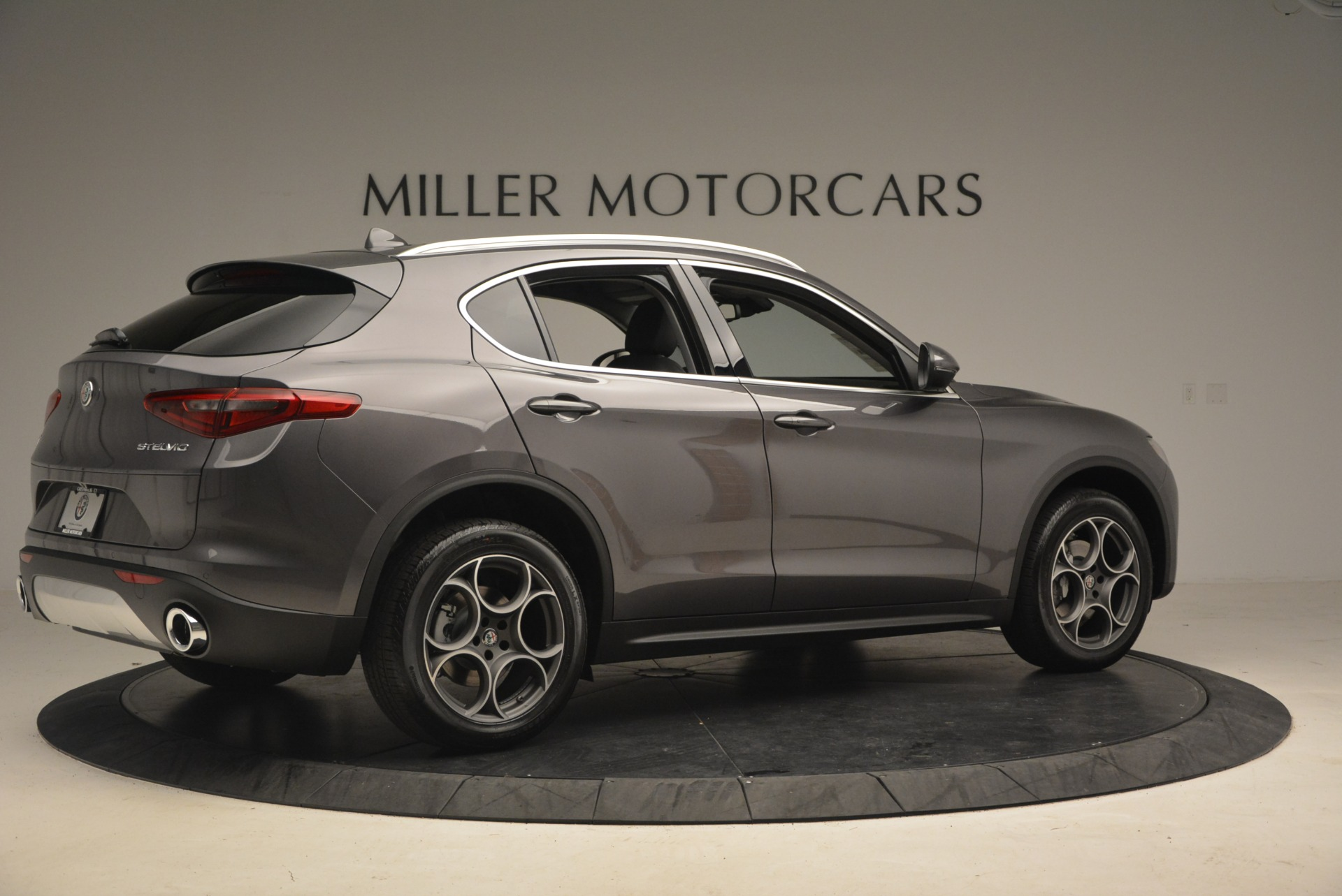 New 2018 Alfa Romeo Stelvio Sport Q4 For Sale In Greenwich, CT 1381_p8