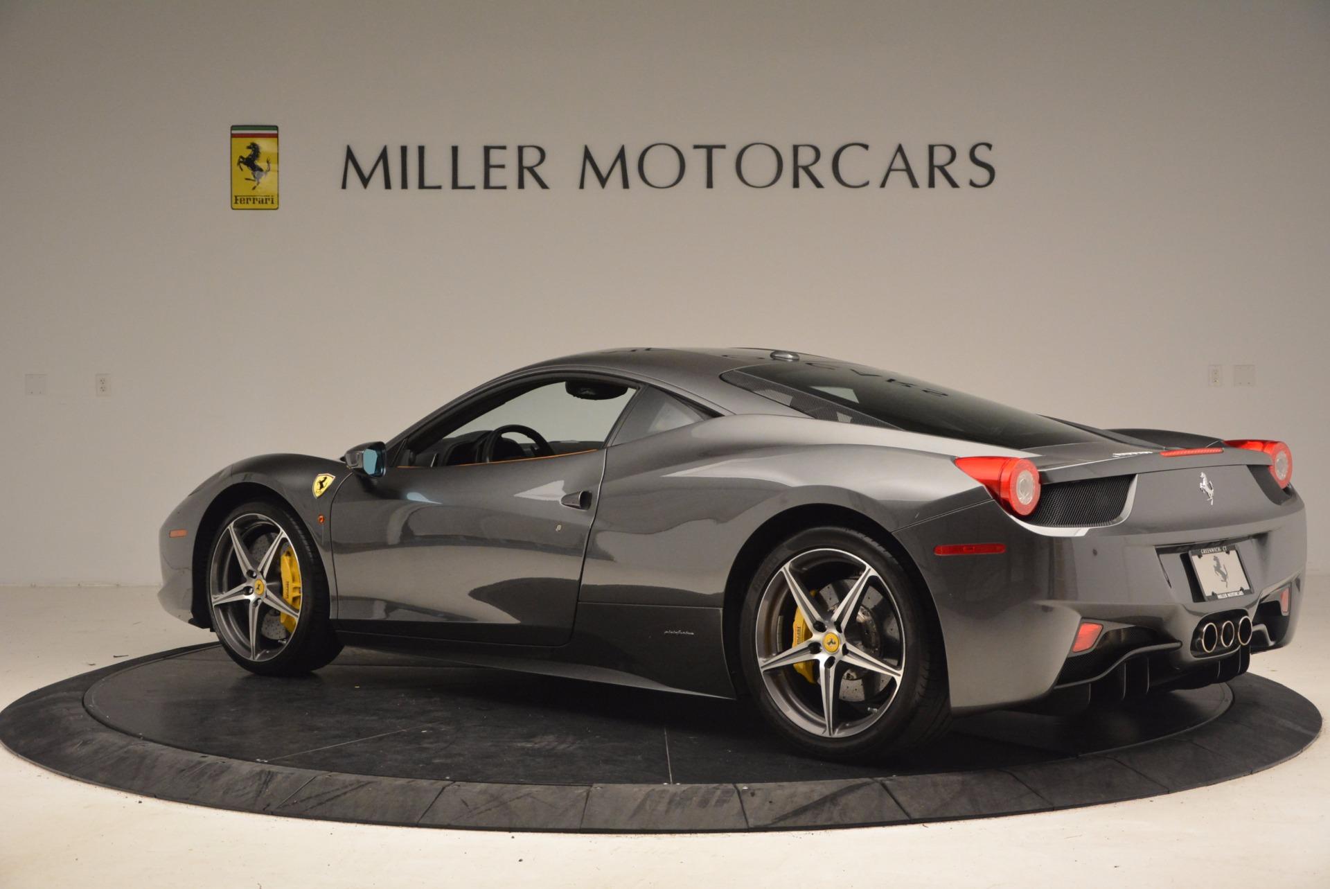 Used 2011 Ferrari 458 Italia  For Sale In Greenwich, CT 1385_p4