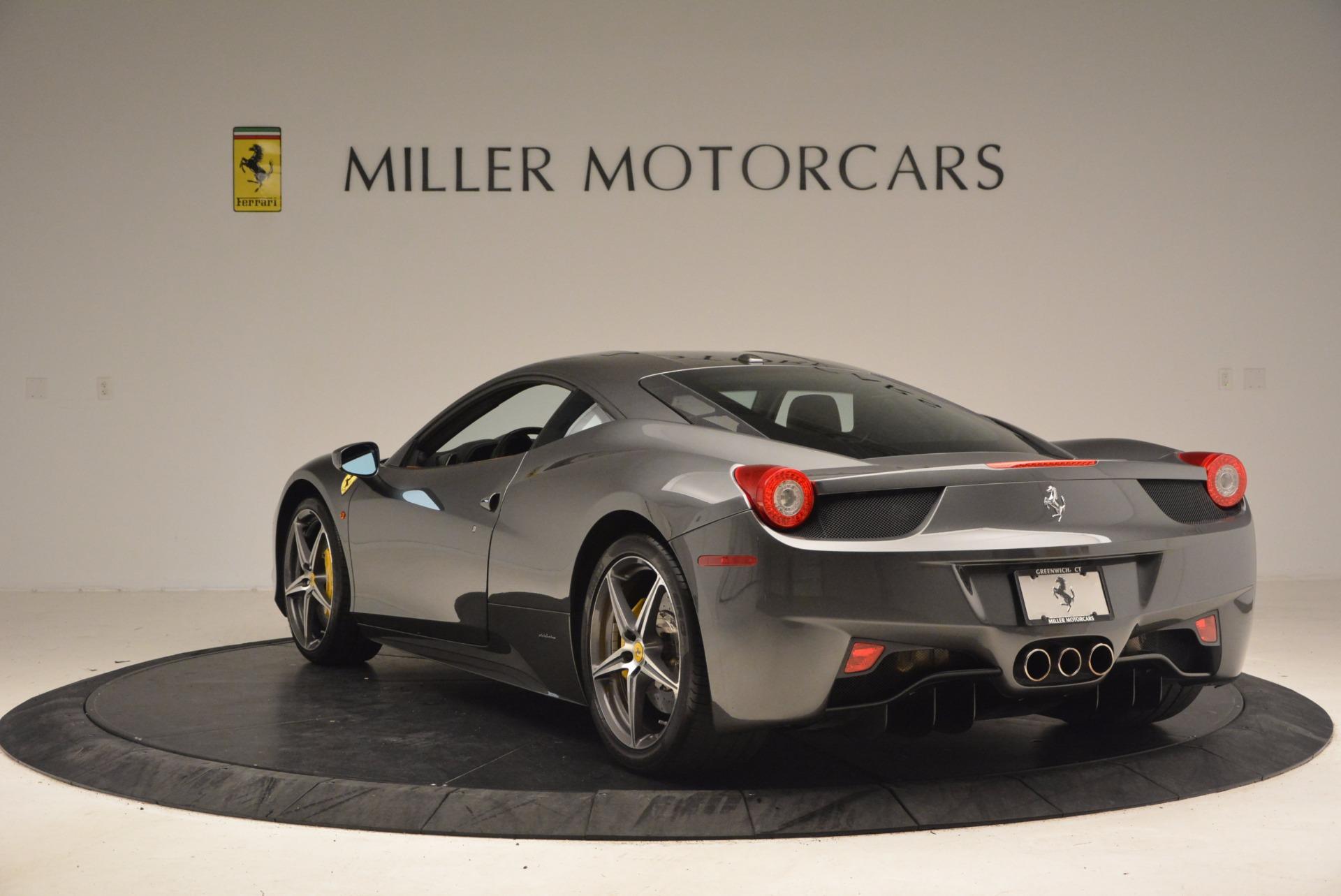 Used 2011 Ferrari 458 Italia  For Sale In Greenwich, CT 1385_p5