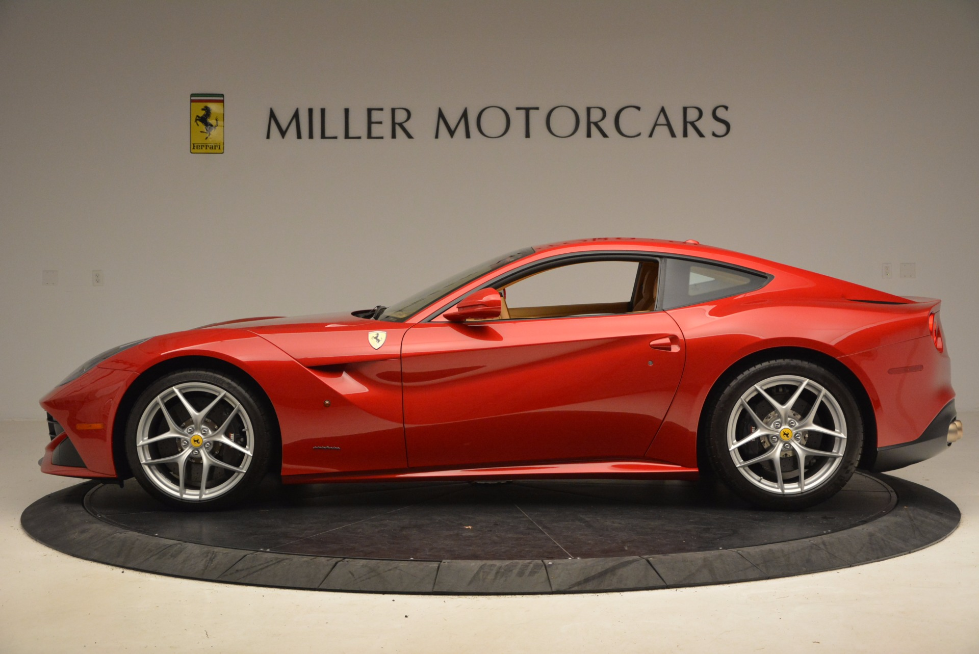 Used 2013 Ferrari F12 Berlinetta  For Sale In Greenwich, CT 1387_p3