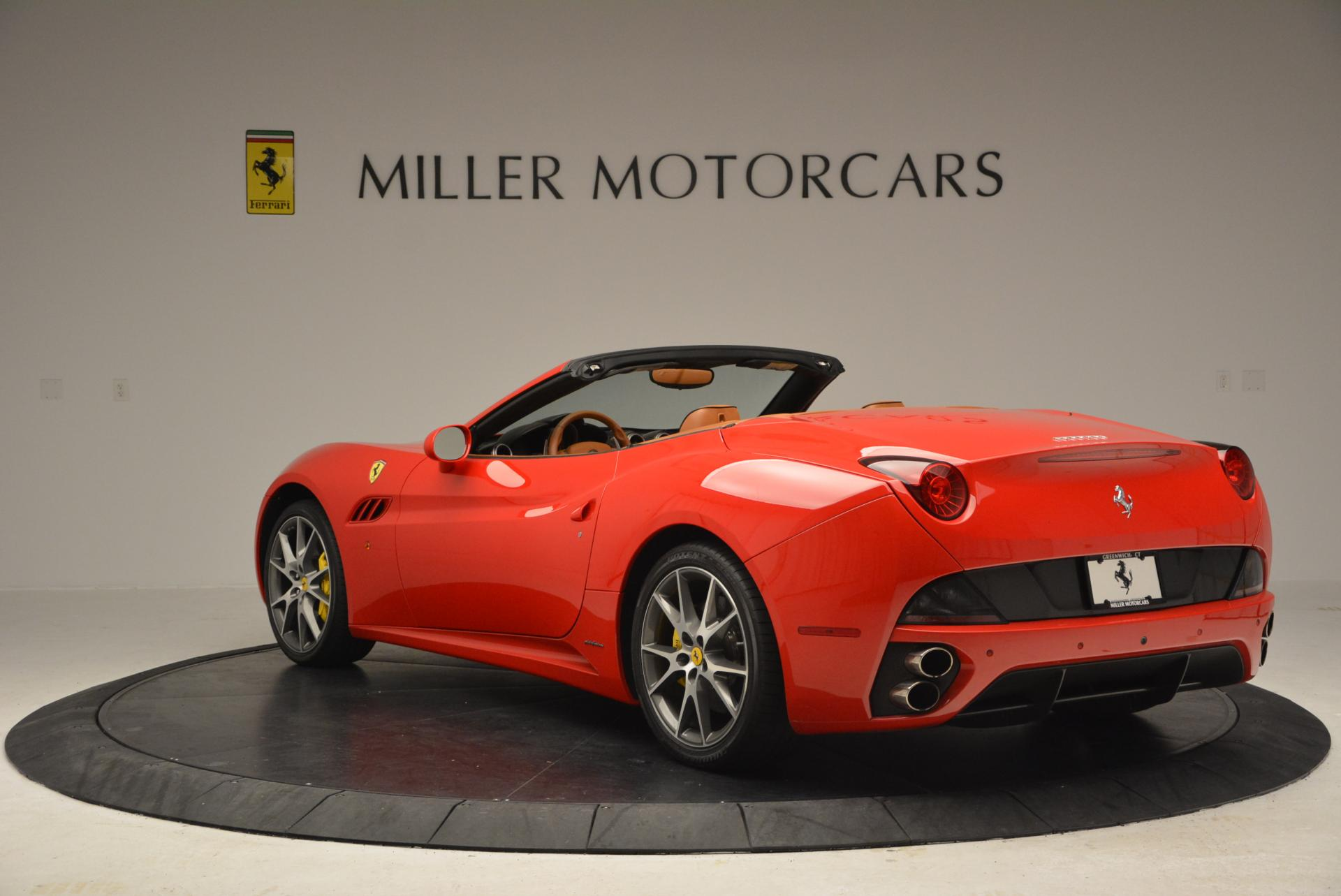 Used 2011 Ferrari California  For Sale In Greenwich, CT 139_p5