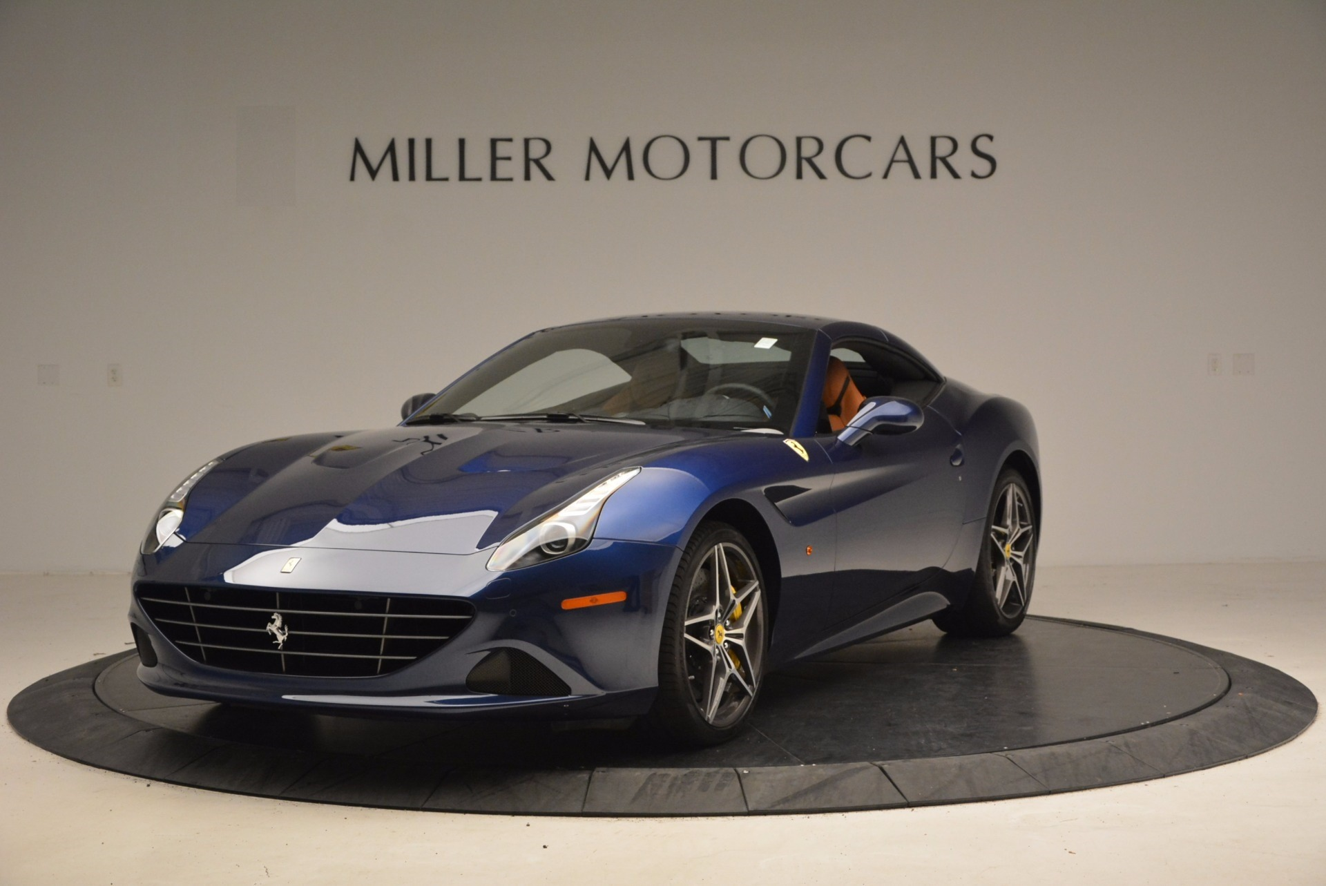 Used 2017 Ferrari California T Handling Speciale For Sale In Greenwich, CT 1394_p13