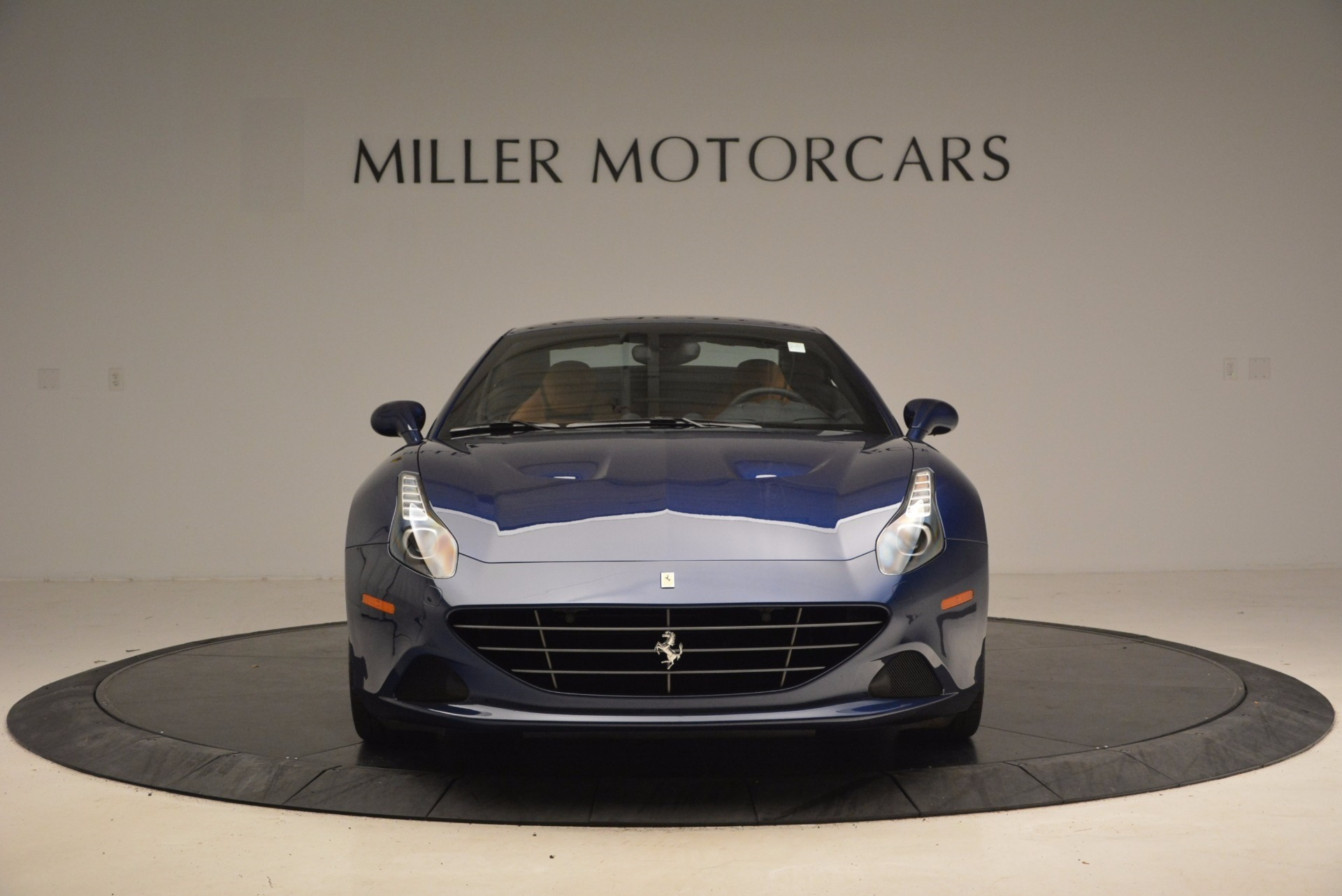 Used 2017 Ferrari California T Handling Speciale For Sale In Greenwich, CT 1394_p24