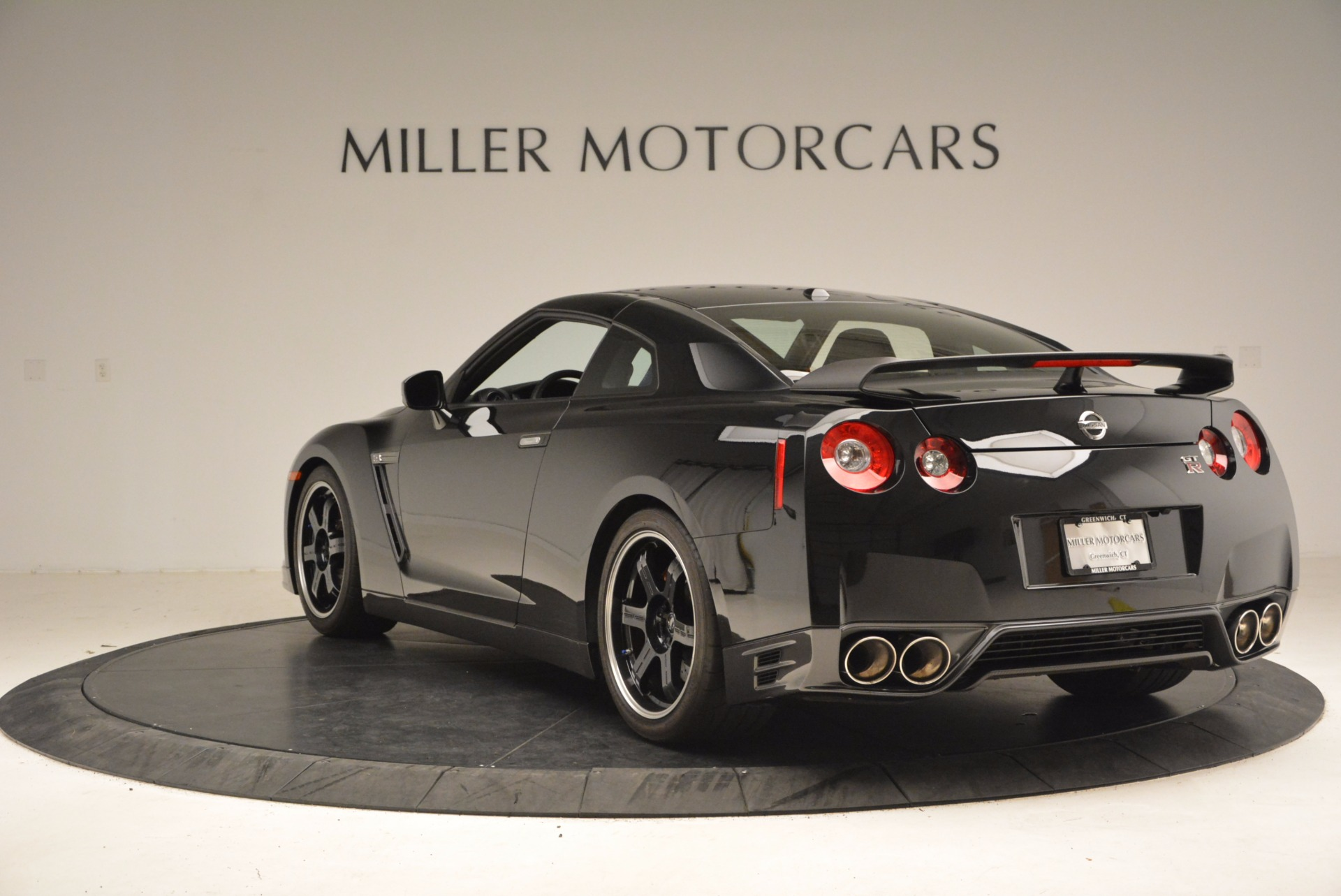 Used 2014 Nissan GT-R Track Edition For Sale In Greenwich, CT 1399_p5